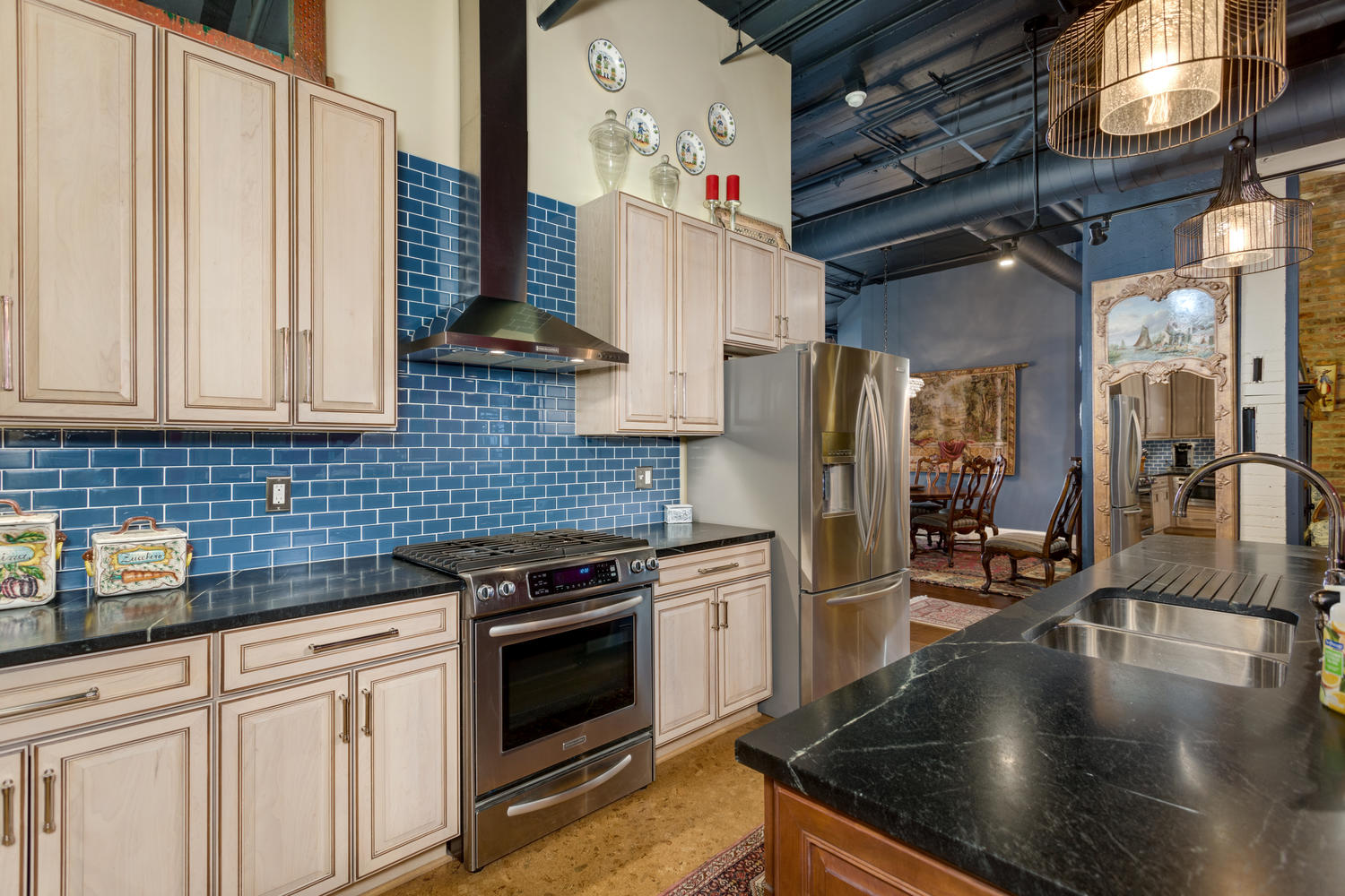 Glam Corner Loft At Willys Snags 828k At Sale Curbed