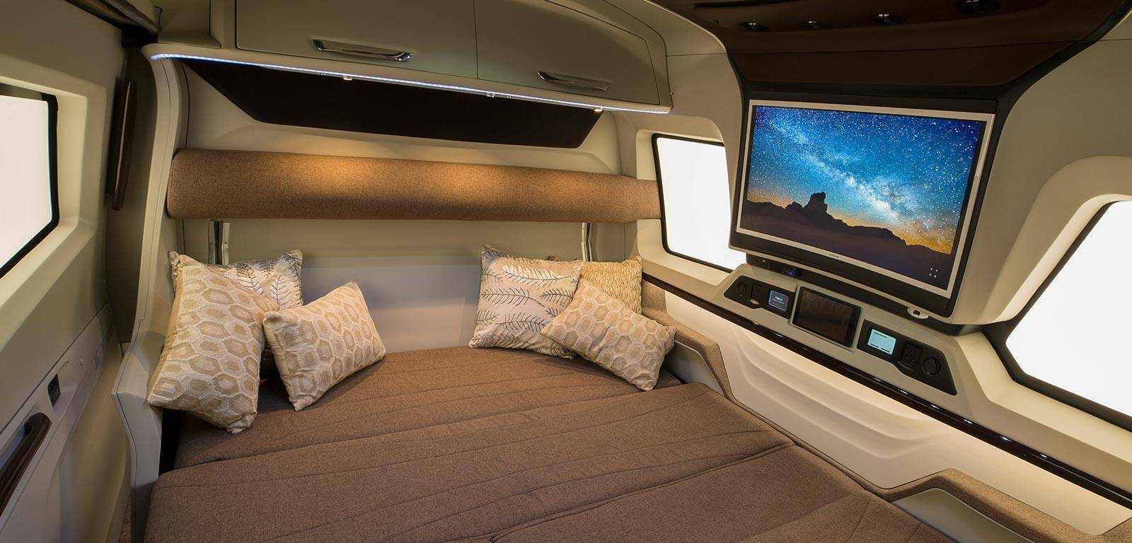 Luxury Rv Expands To Reveal Jet Like Interiors Curbed