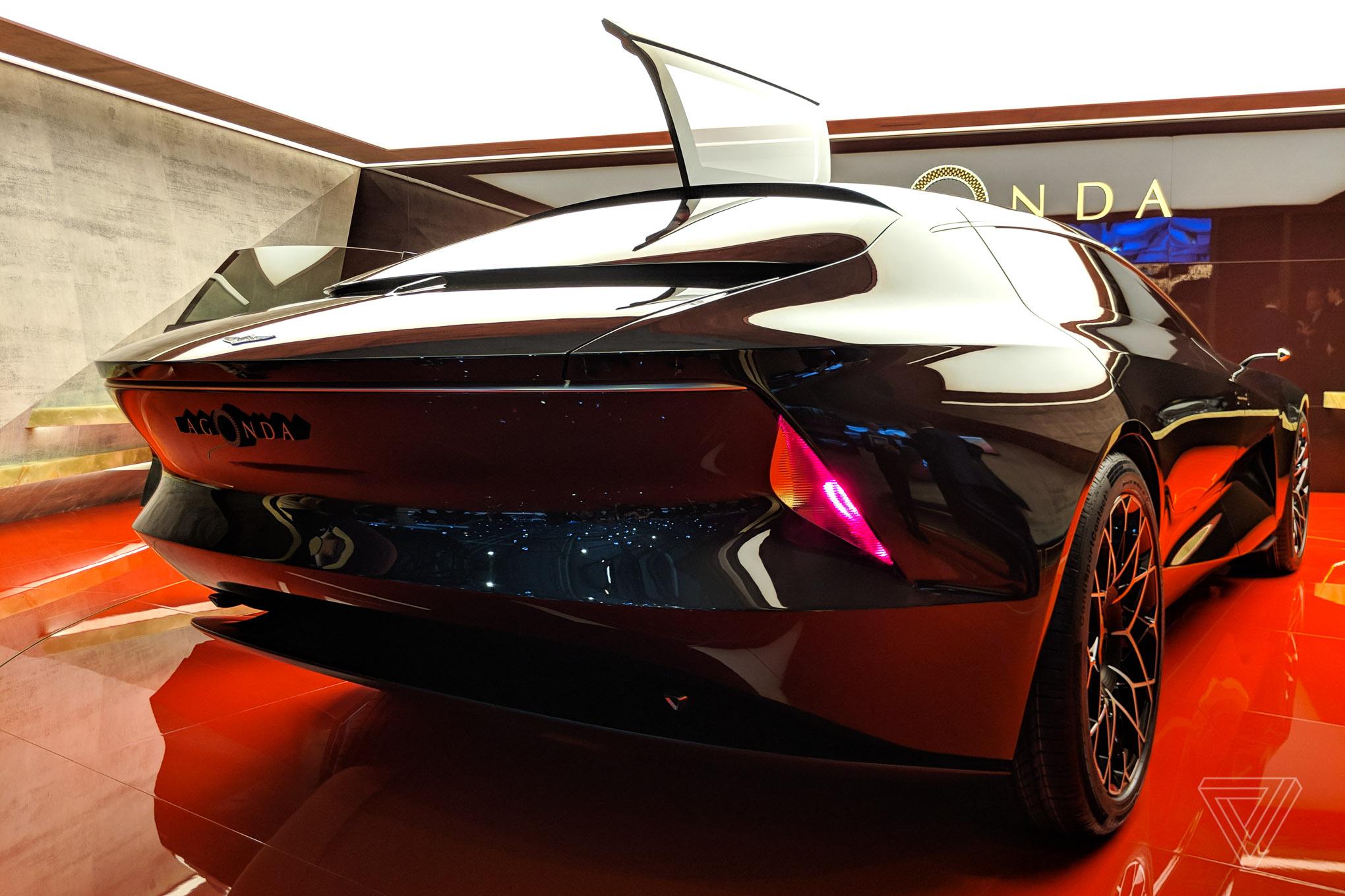 Aston Martins Lagonda Concept Car Is Breathtaking The Verge - Aston martin lagonda