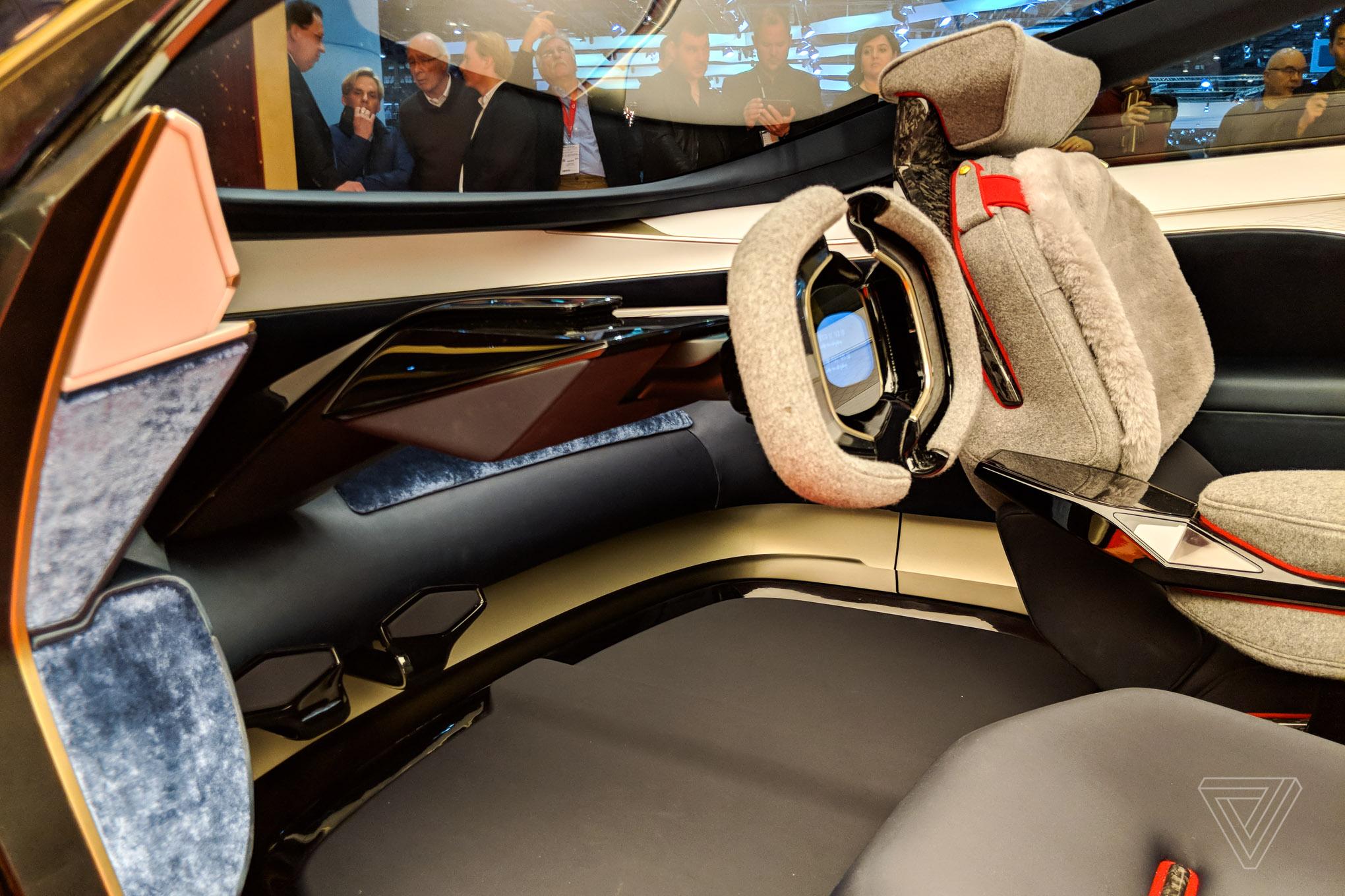 Aston Martin's Lagonda concept car is breathtaking - The Verge