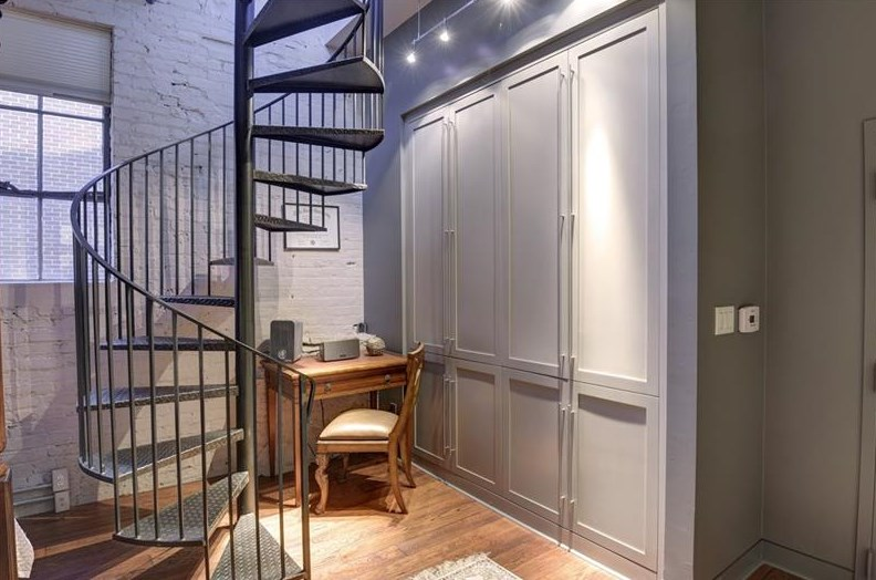 Asking 470k near georgia tech this renovated circa 1900 loft is slick curbed atlanta for Chattahoochee tech interior design