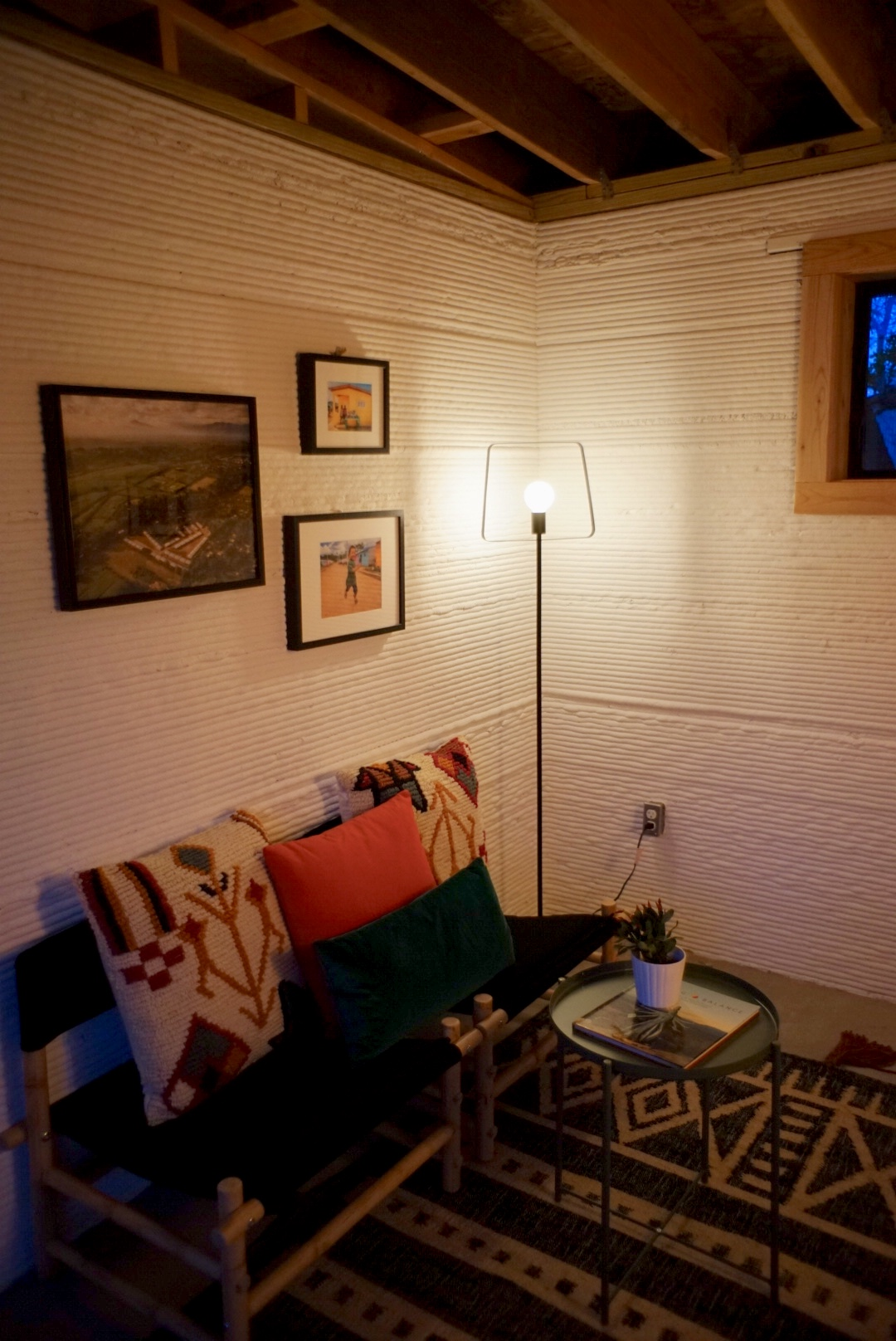 Etonnant Inside The 3D Printed Home. Photo: ICON