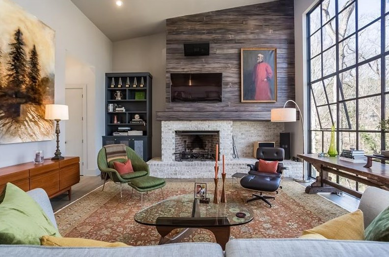 Eclectic light filled collier hills modern hopes to fetch 1 2m curbed atlanta for Chattahoochee tech interior design