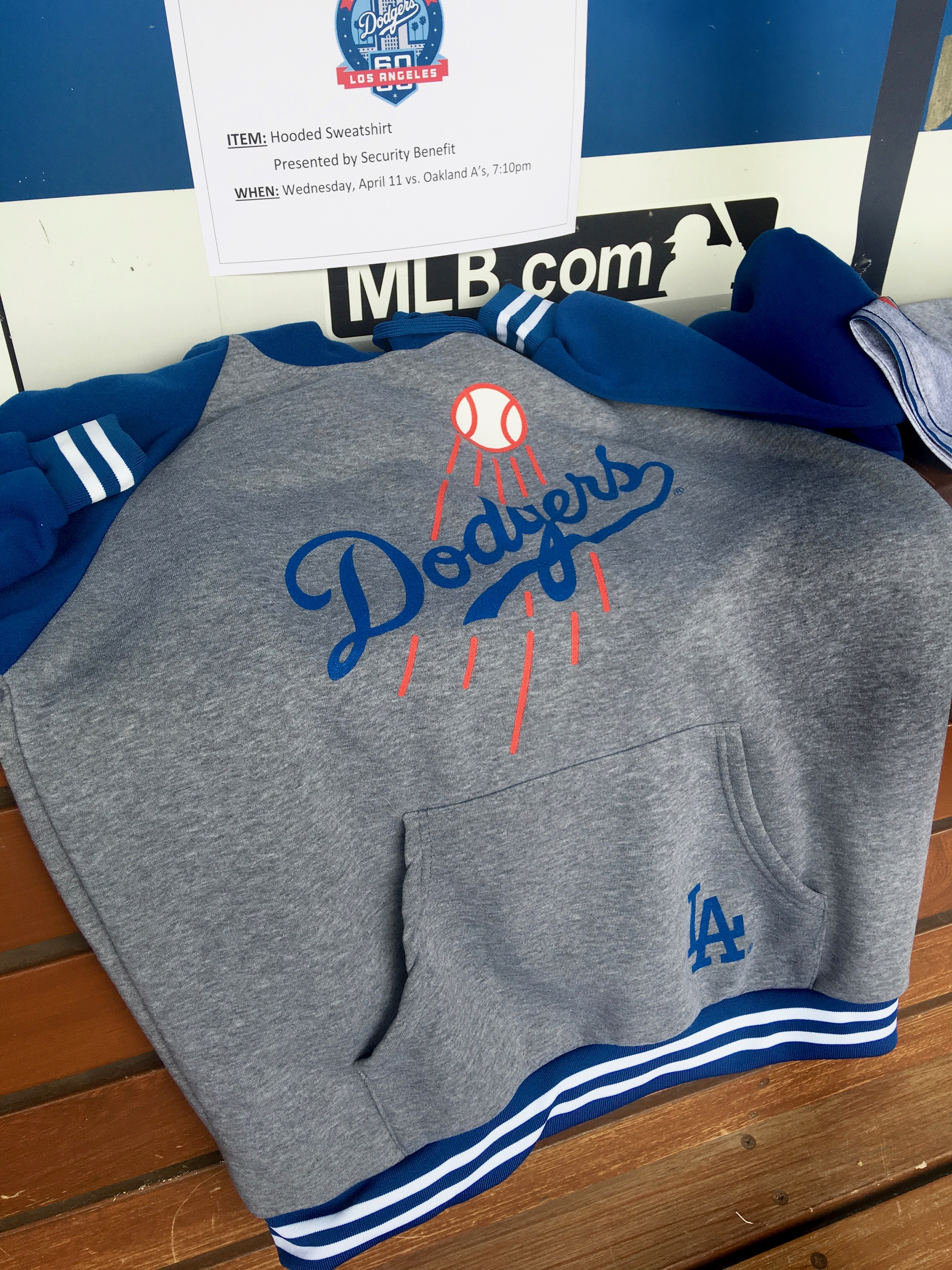 Dodgers 2018 promotional items - True Blue LA cf909932869