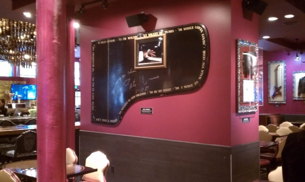 Hard Rock Cafe Montreal Menu