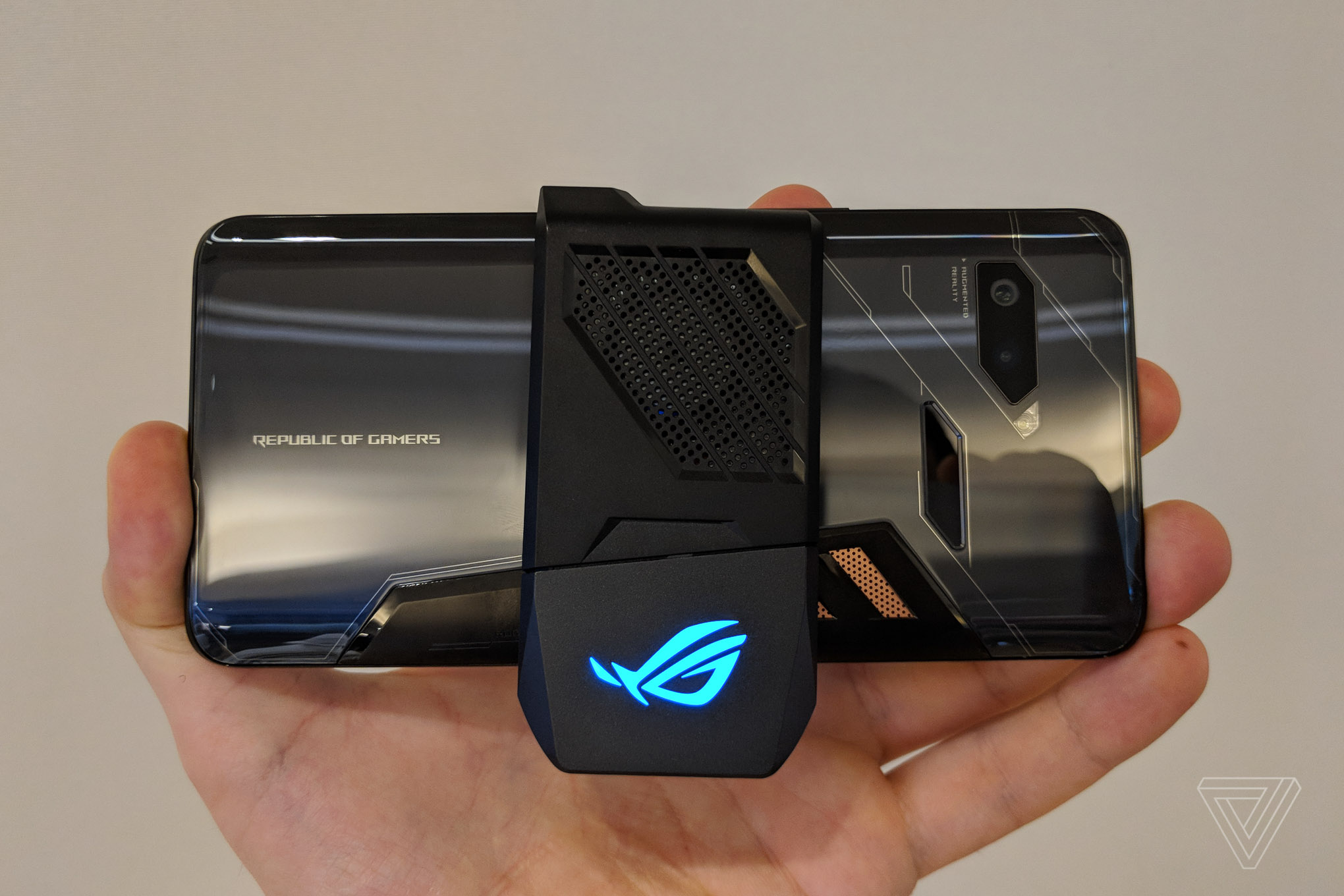 Asus Rog Phone Is The Latest Attempt To Make Gaming Phones Happen
