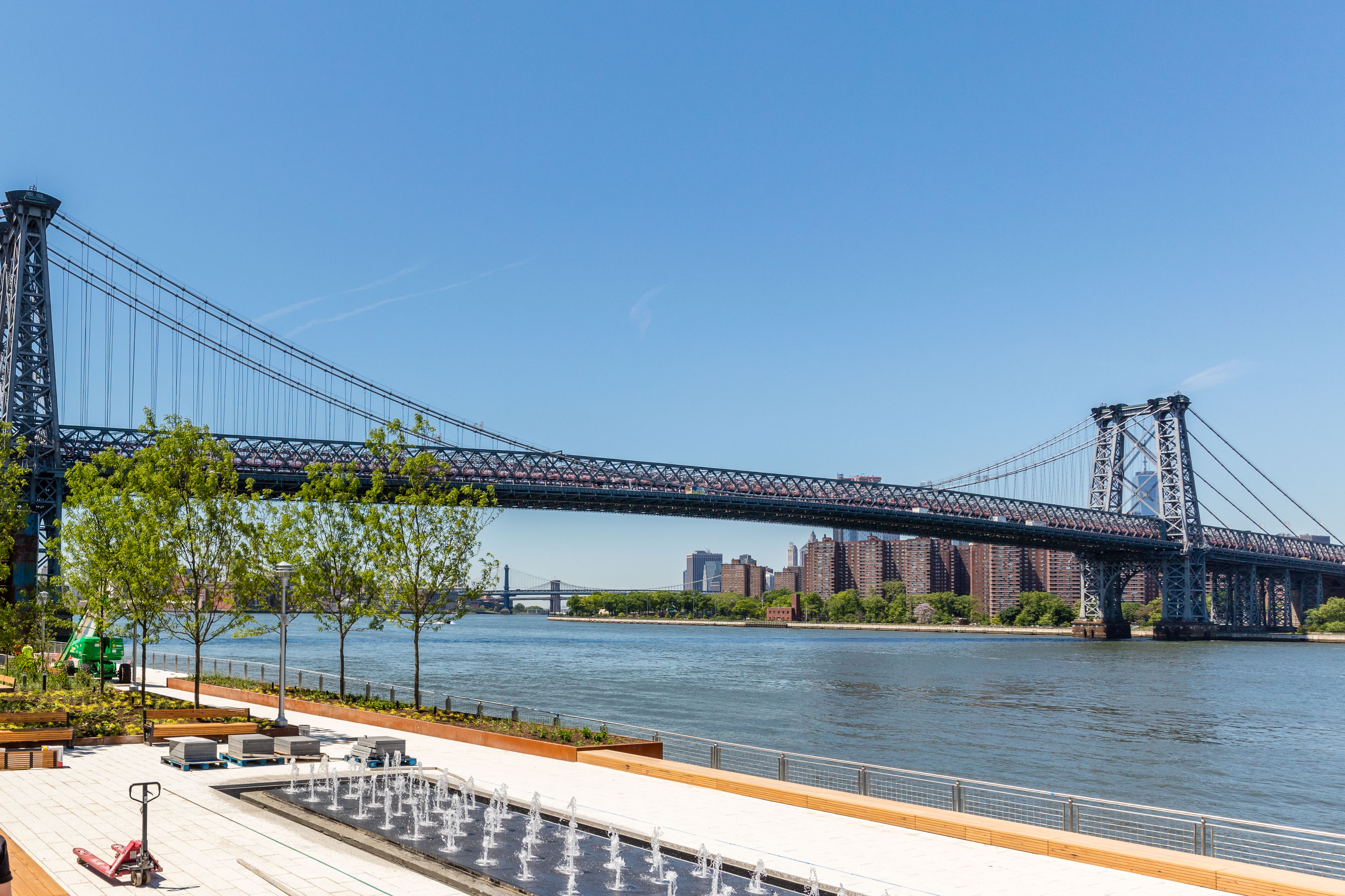 Brooklyn's new Domino Park opens on the Williamsburg