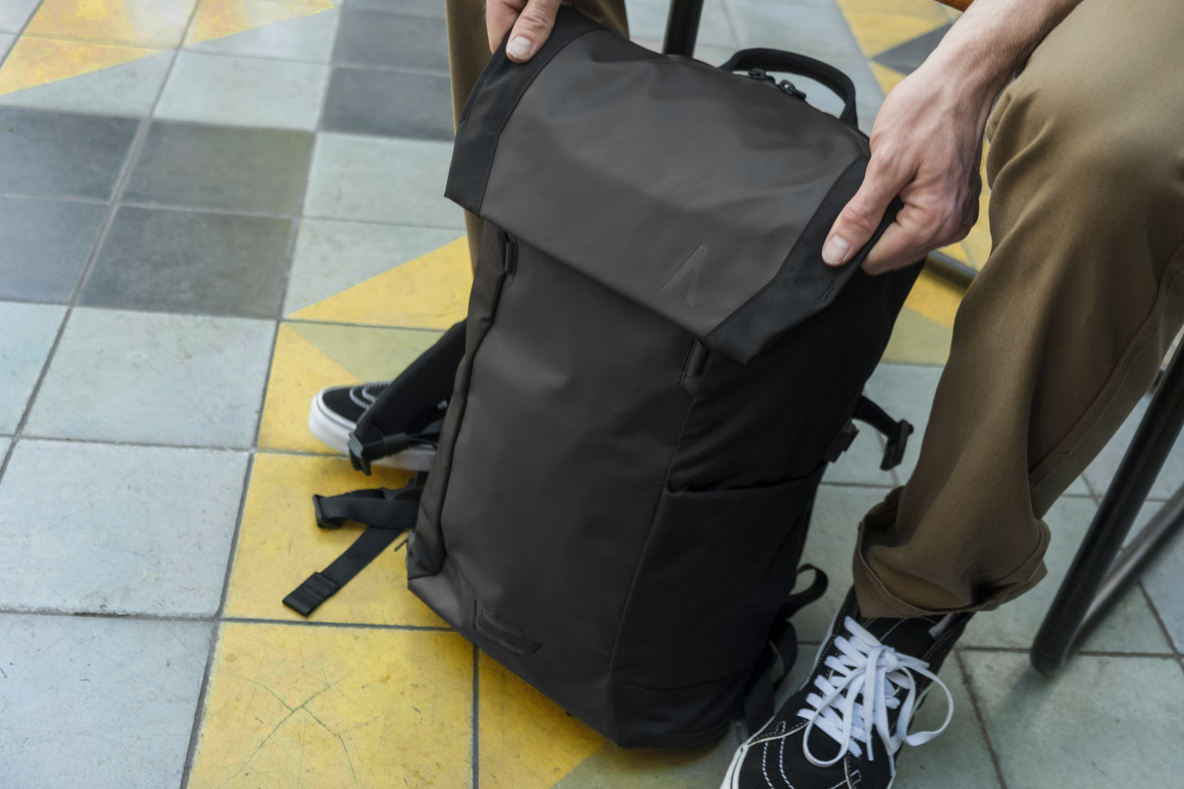 Boundary Errant backpack review  irresistible at  100 - The Verge 42232a4876eaf