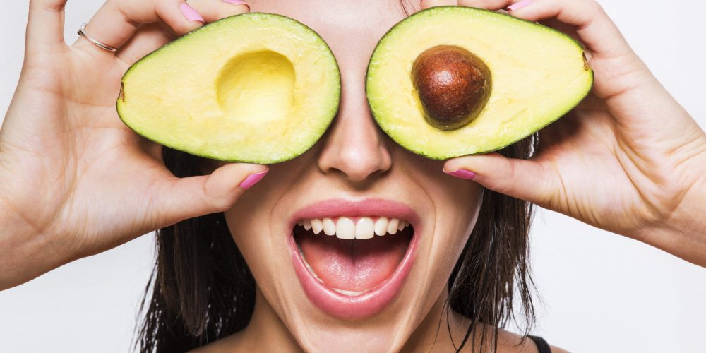 11 Amazing Simple Natural Foods For Eye Health People Should Eat Regularly
