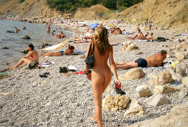 Best Nude Beaches in the World With Naked Pics & Photos