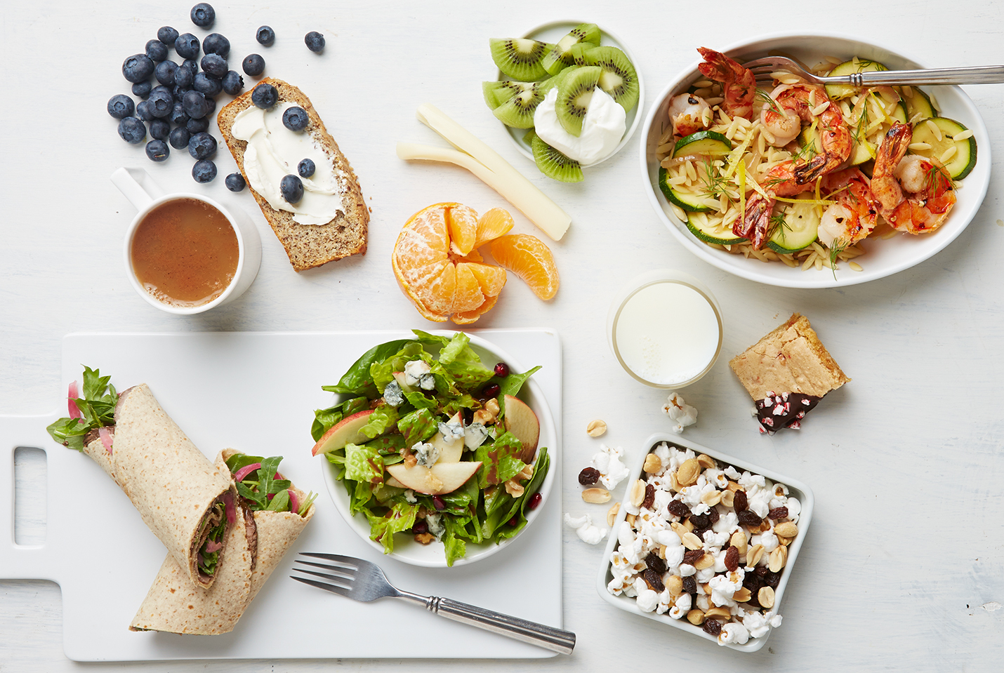 18 High-Fiber & Low-Carb Foods a Nutritionist Wants to Add to Your Diet
