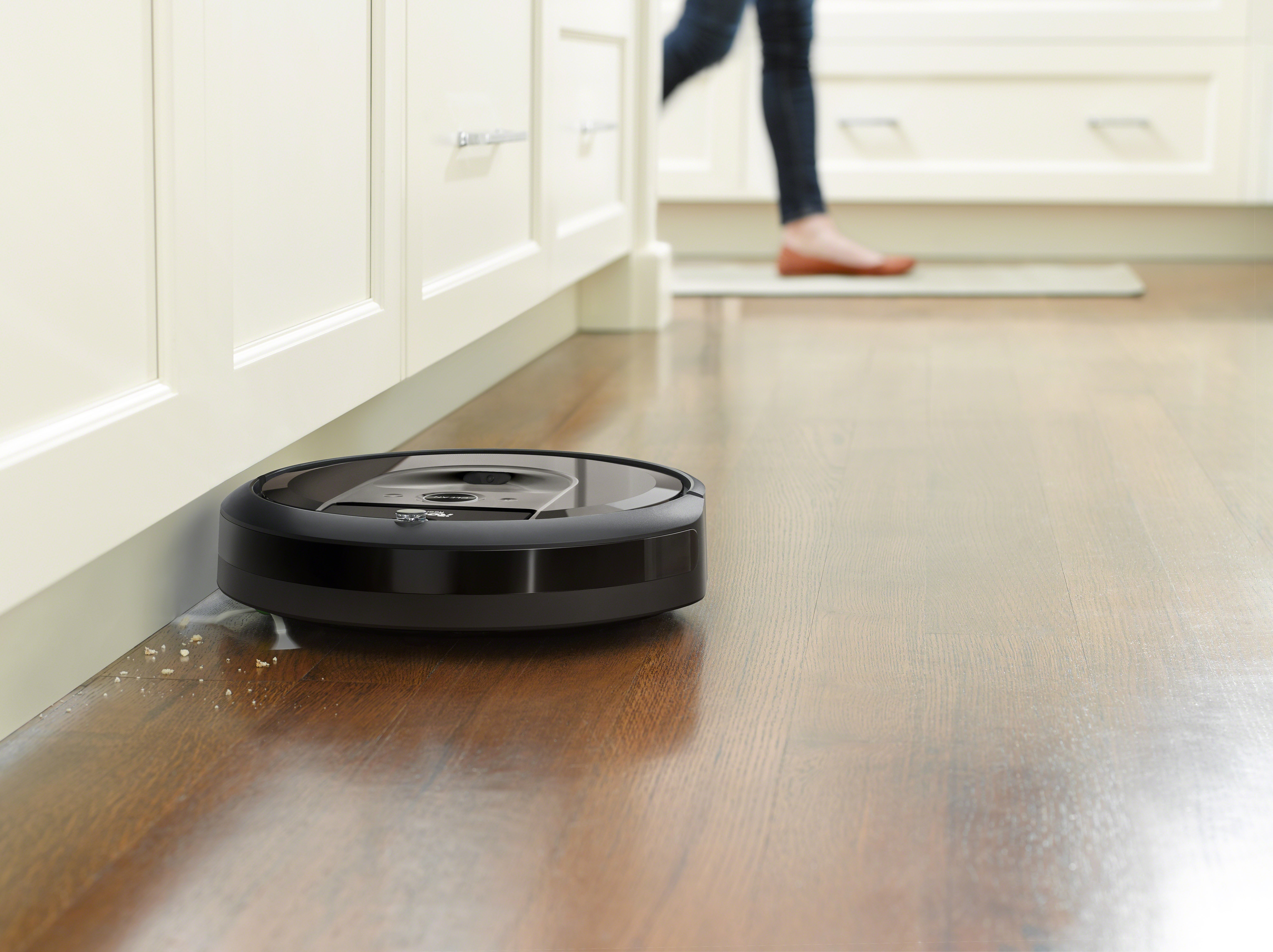 iRobot's latest Roomba remembers your home's layout and empties