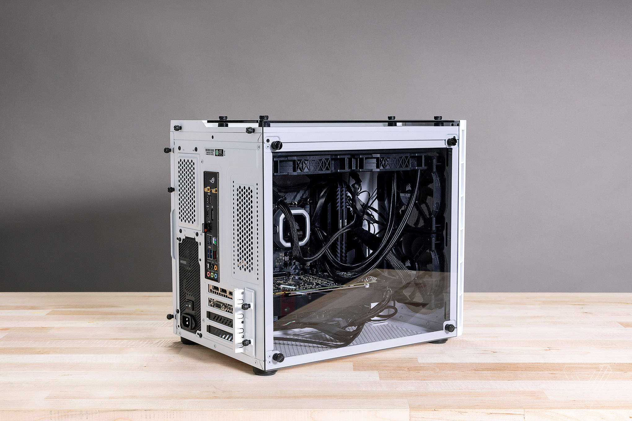 How To Build A Custom Pc For Gaming Editing Or Coding The Verge Diagram Of Computer Components Mouse Monitor Cpu Etc Photo By Amelia Holowaty Krales