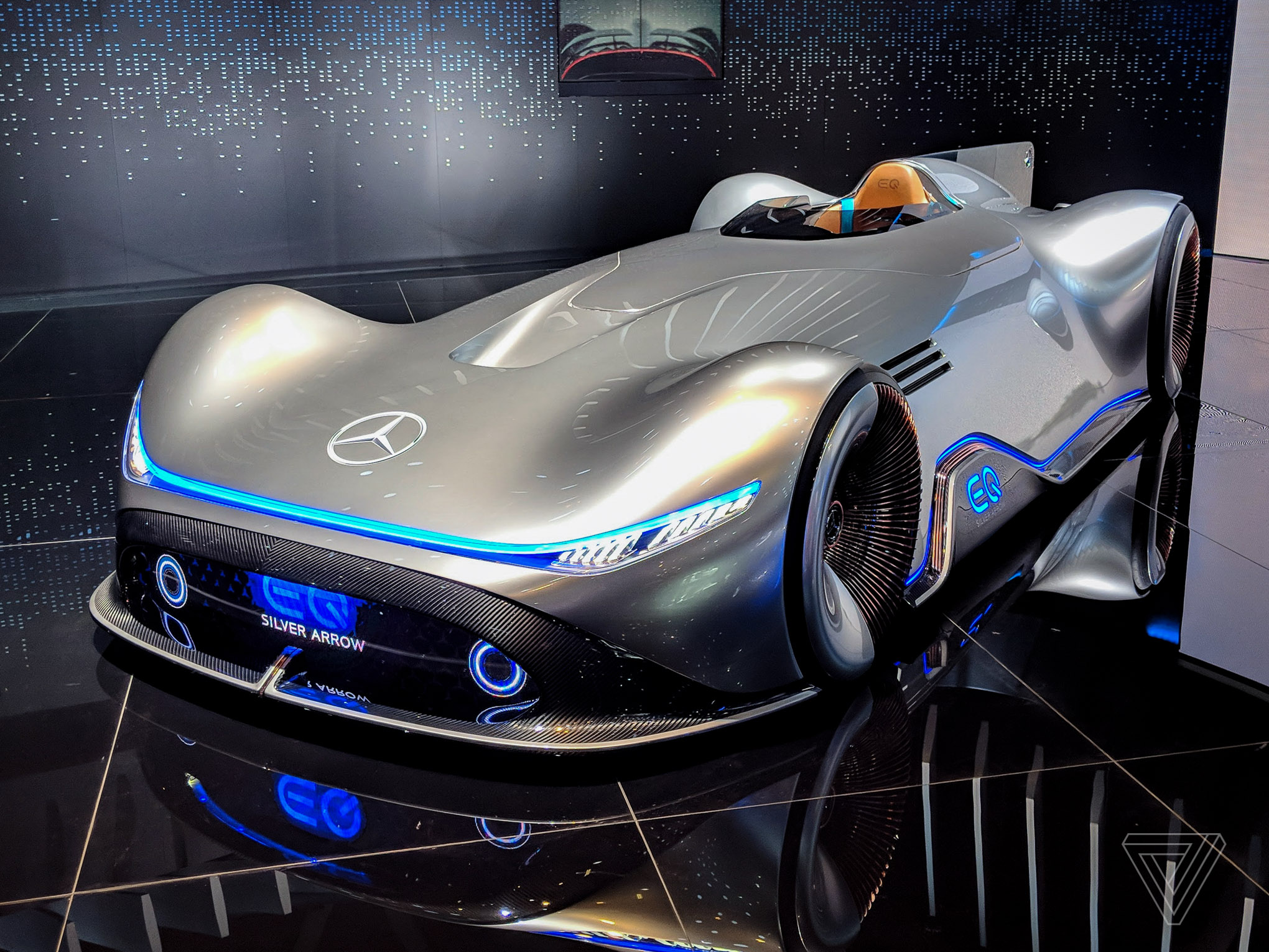 Mercedes Eq Silver Arrow Blends Clic Design With Electric Supers