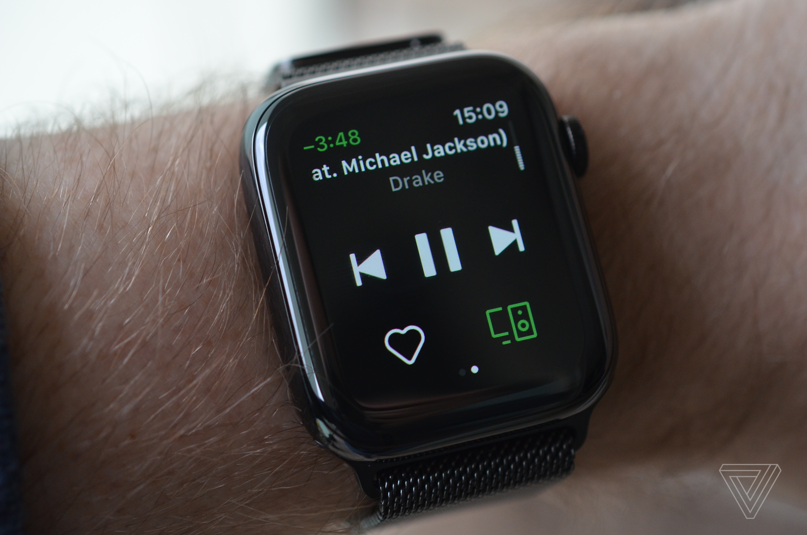 play spotify on apple watch