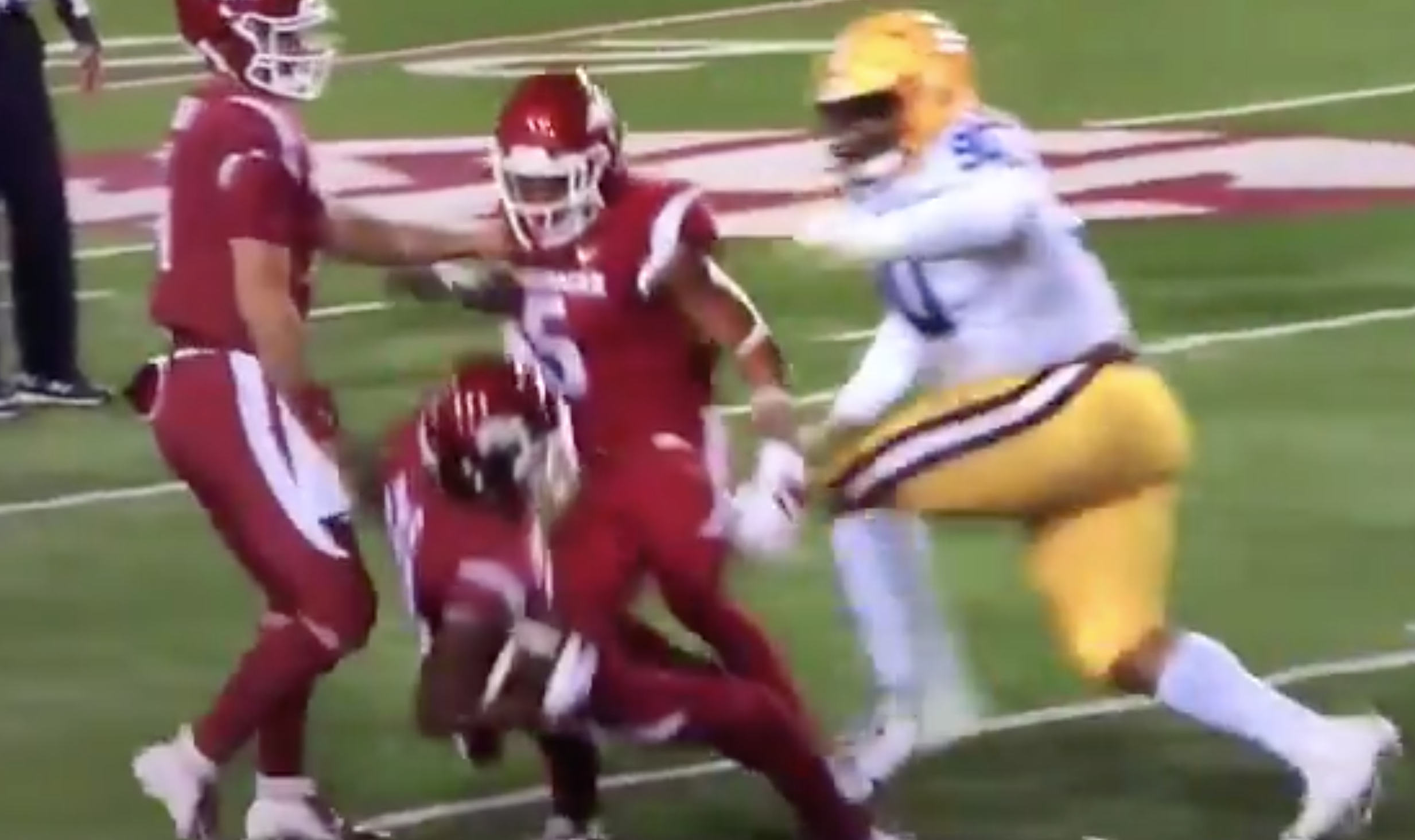 Let's see what Arkansas has dialed up h-BONK