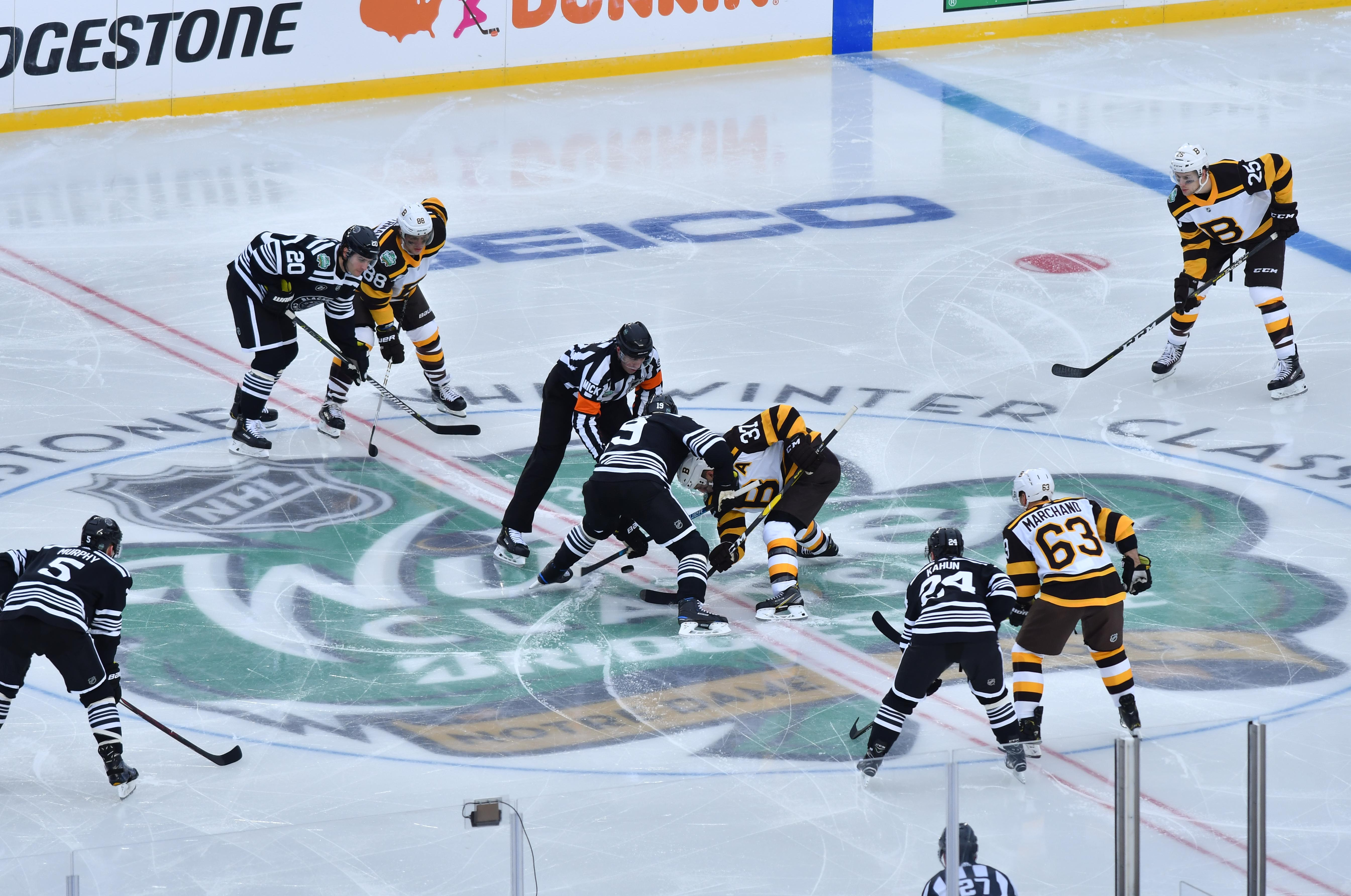 Winter Classic 2019  Photo gallery from Blackhawks vs. Bruins at Notre Dame 287c281d8