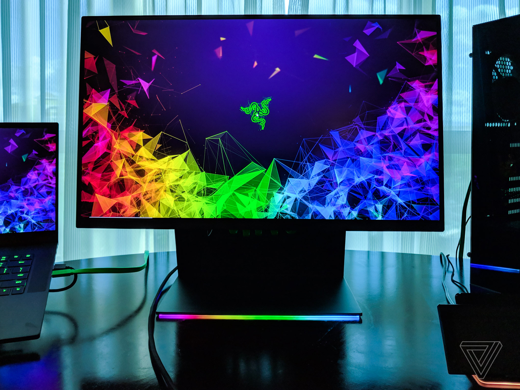 Razer gets into the gaming monitor game with the 27-inch Raptor