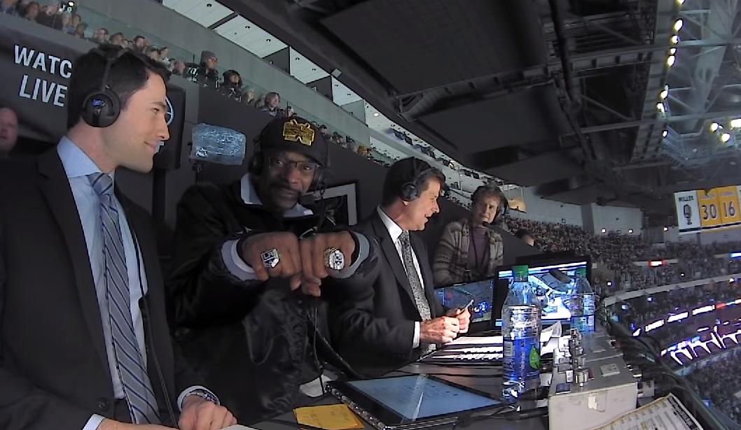 Snoop Dogg became a hockey commentator for a night and it was a delight