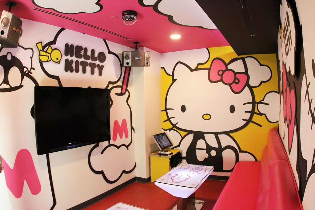 Hello Kitty Invades Alhambra Karaoke Spot With Too-Cute Dishes and Decor