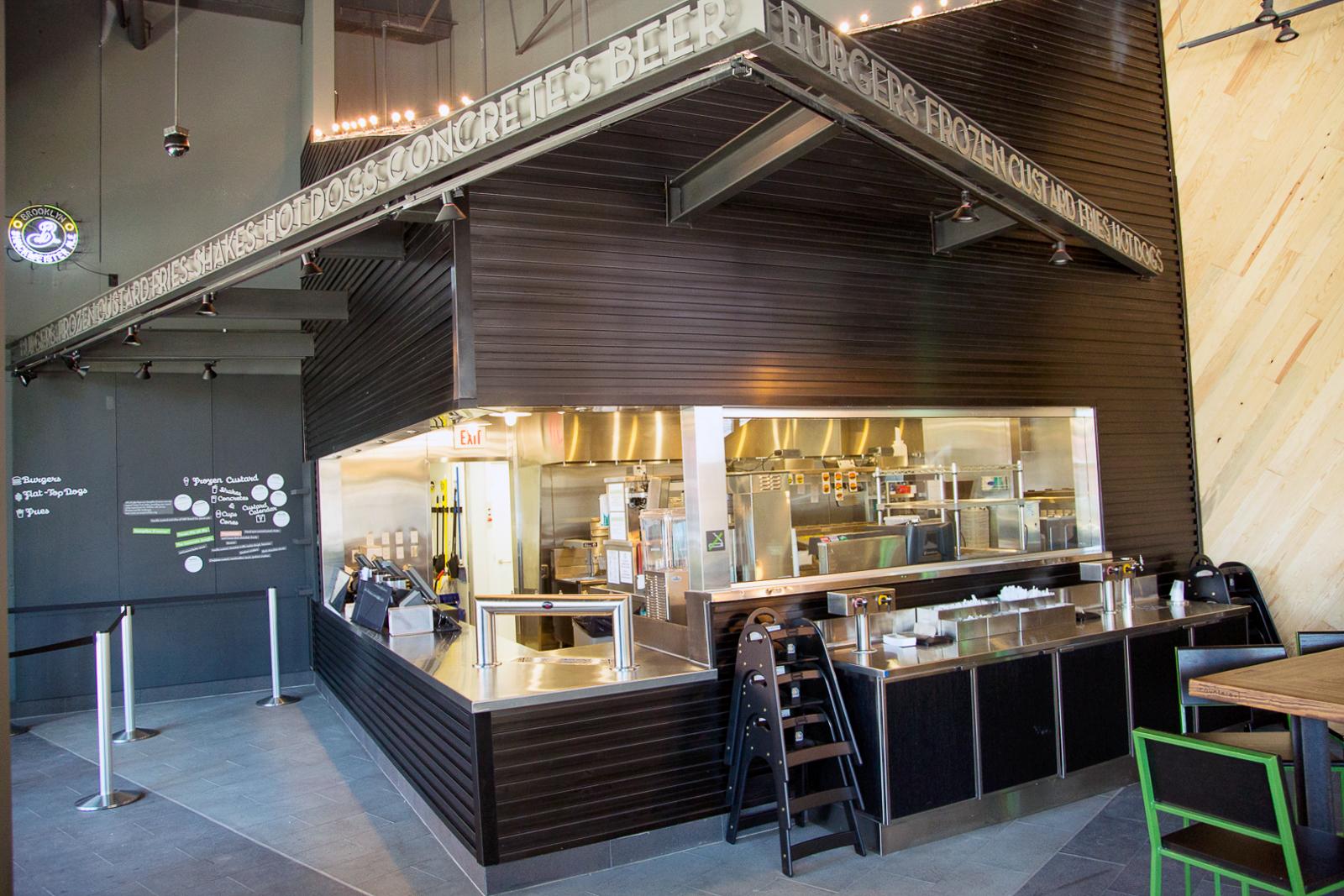 Shake shack is now open in buckhead atlanta eater atlanta - Interior design colleges in atlanta ga ...