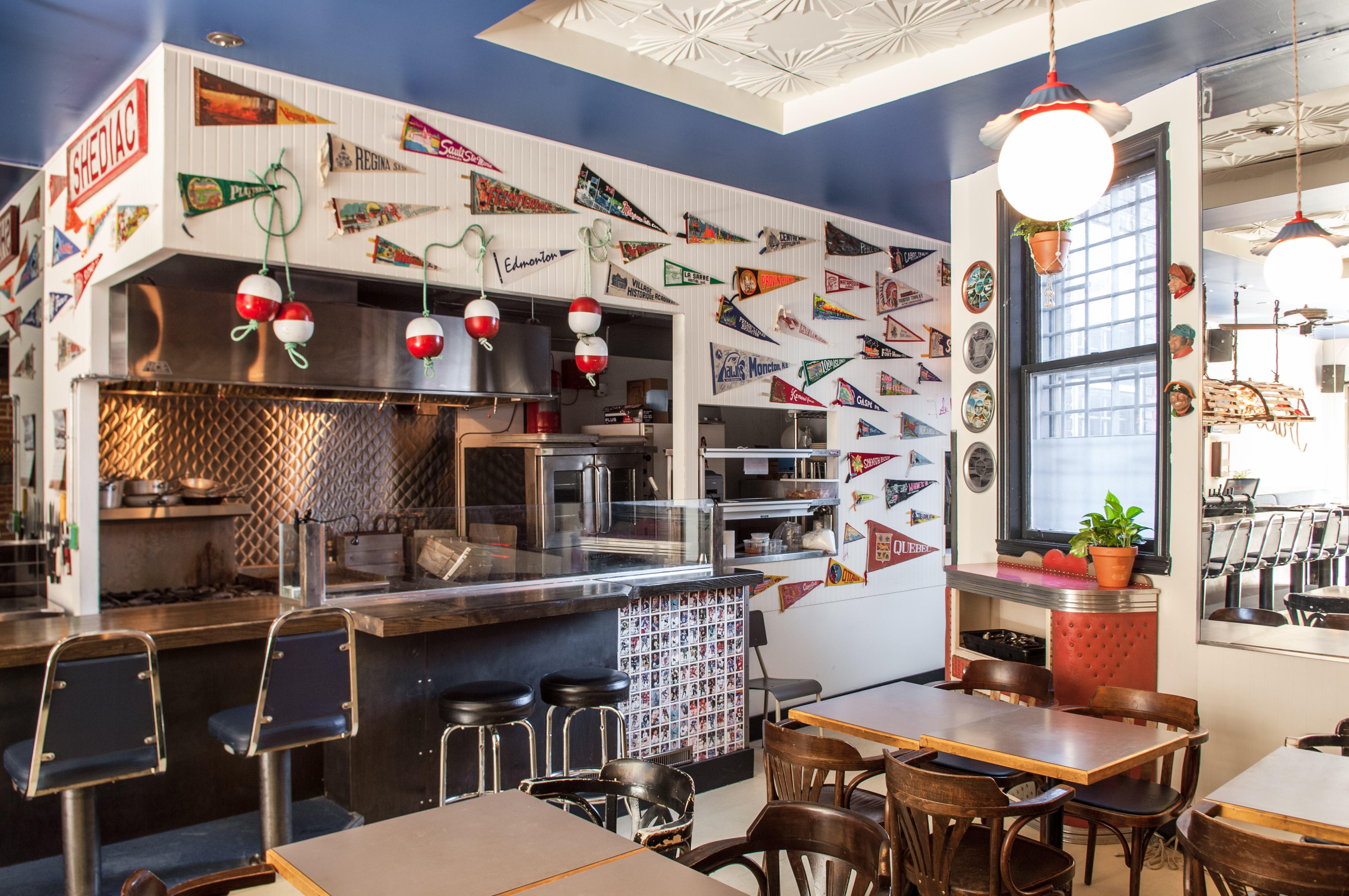 Montreal's First Acadian Seafood Restaurant Is Open