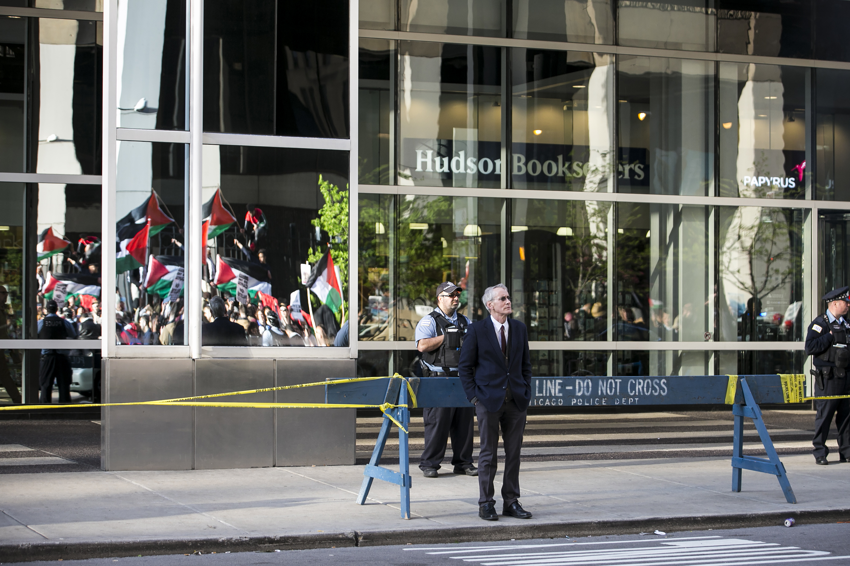 Hundreds protest in Chicago as US Embassy opens in Jerusalem