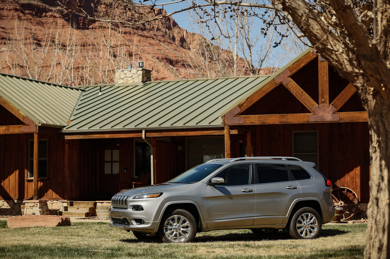 On- & off-road capability make Jeep Cherokee standout