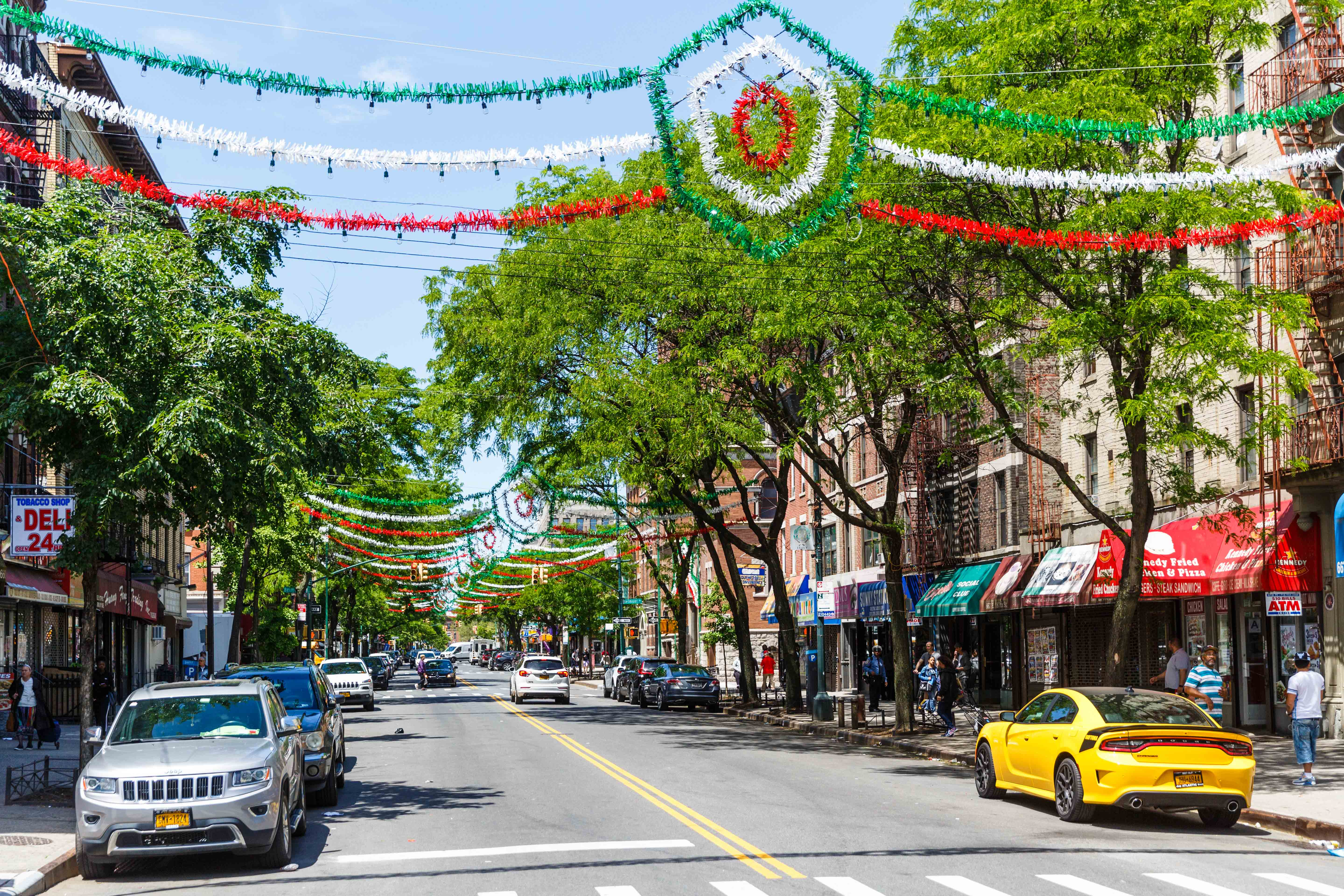 Eating Along Arthur Avenue: A Walking Tour of the Bronx's Little Italy