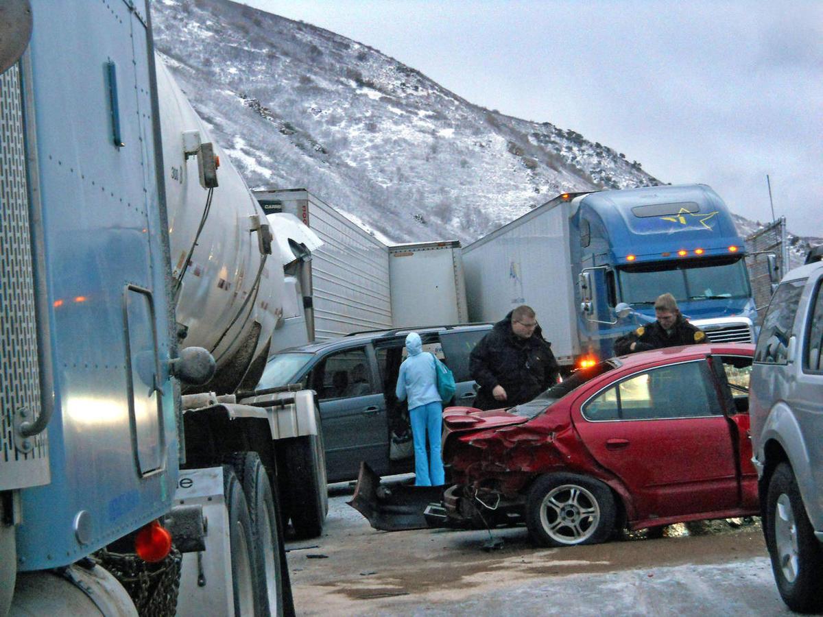Weather-related pileup kills one, closes I-84 near Mountain