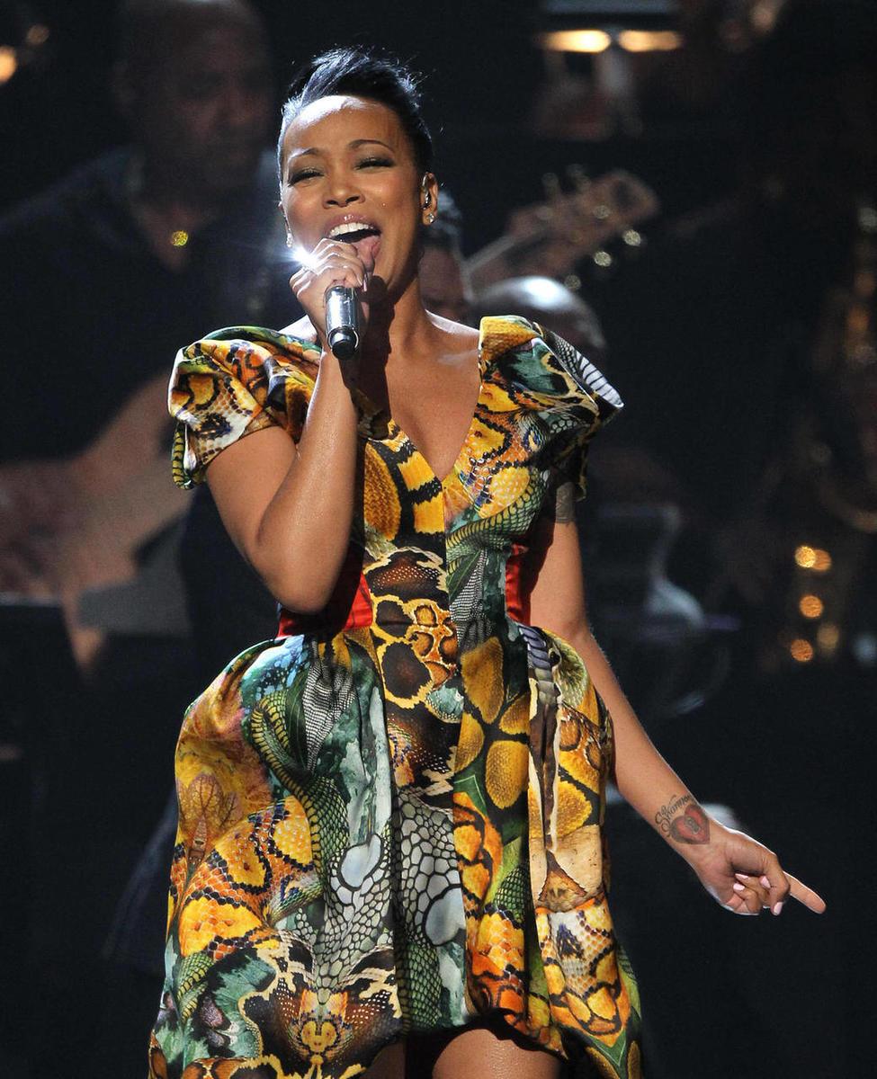 Houston tribute, obscenities highlight BET Awards - Deseret News