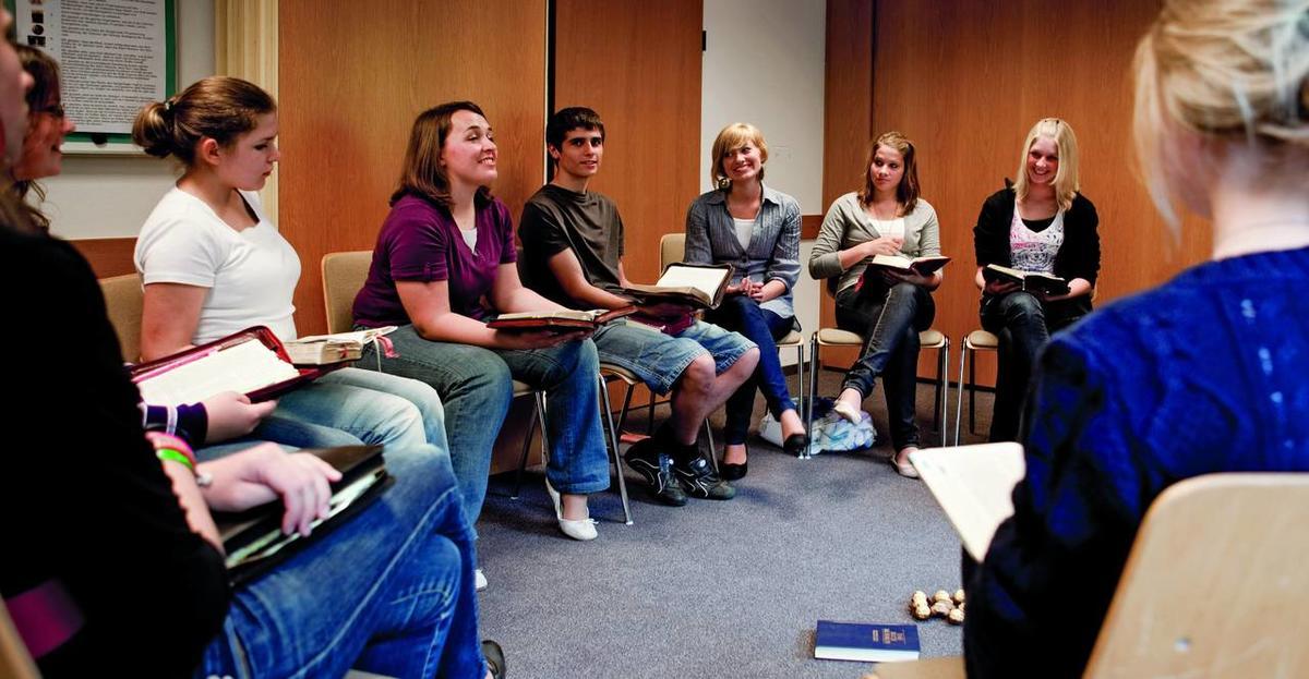 LDS seminary enrollment reaches all-time high - Deseret News