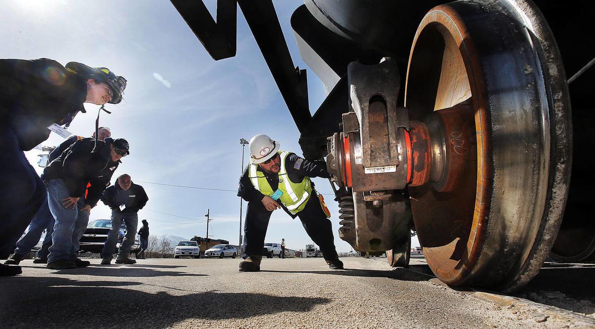 Emergency responders get training for chlorine incidents