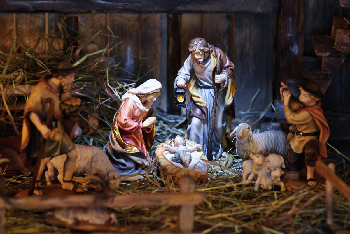 Jesus Christmas Pic.Taylor Halverson Christmas Without Jesus Deseret News