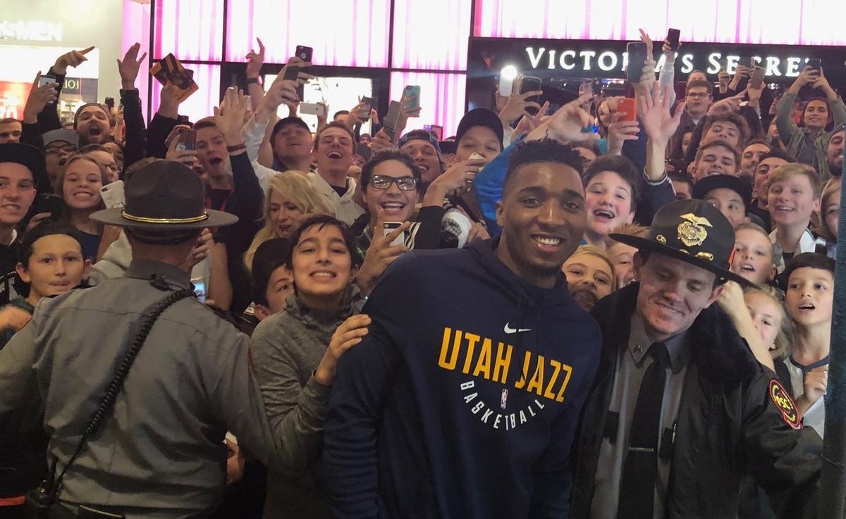 promo code 64775 5b533 Donovan Mitchell mania invades Utah as Jazz rookie embraces ...