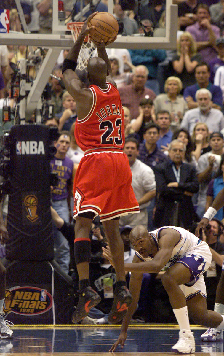 20 years after Michael Jordan push-off, Bryon Russell feels