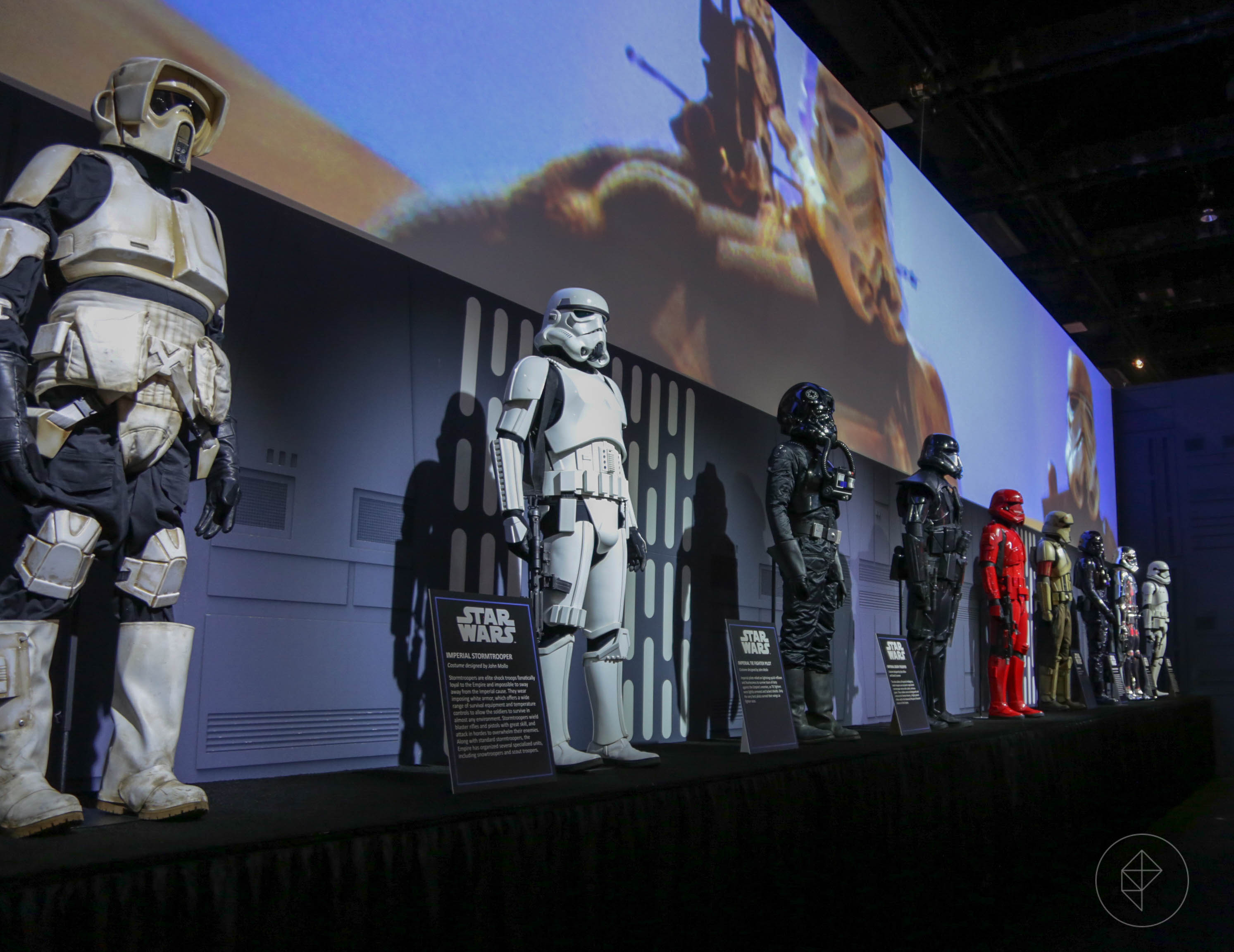 Here's every life-sized stormtrooper at SDCC, including Sith Troopers
