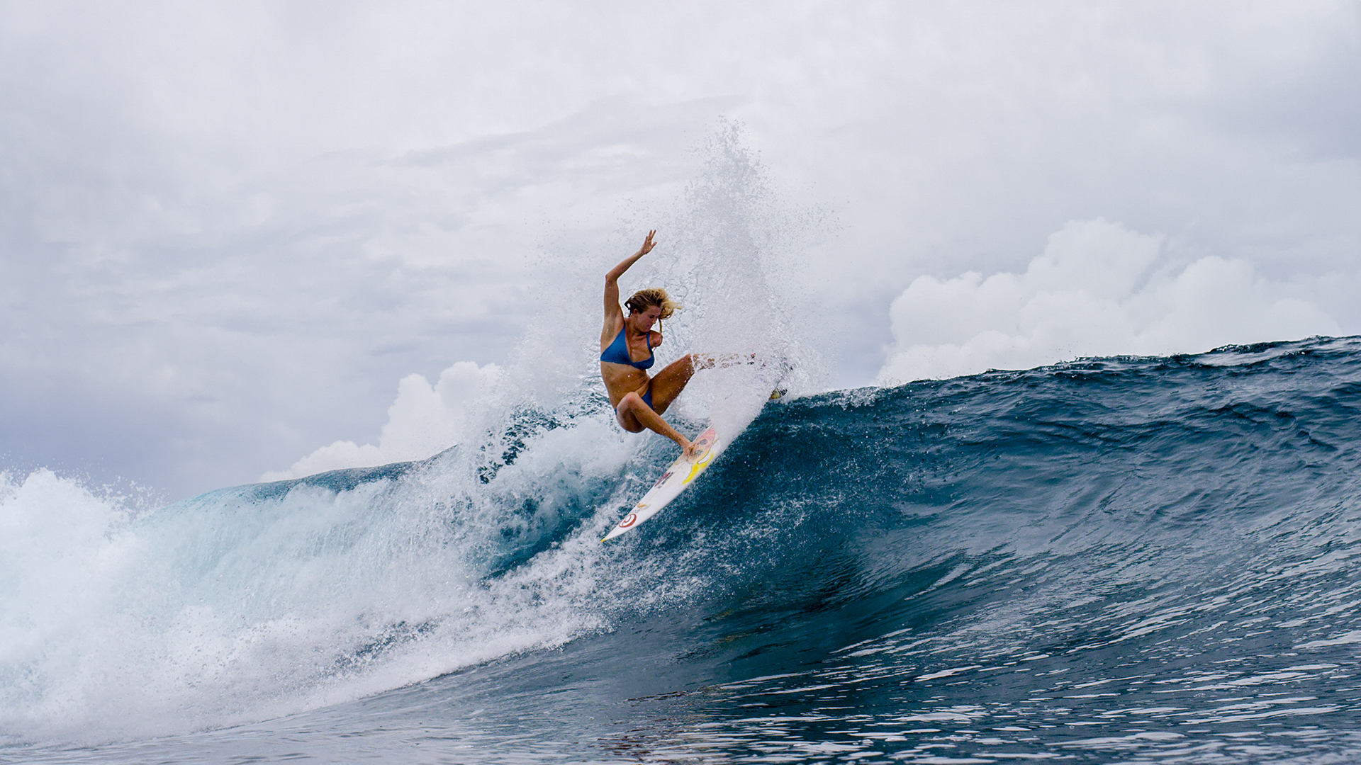 Movie Review 16 Years After A Shark Attack Surfing Inspiration Bethany Hamilton Faces New Challenges In Unstoppable Deseret News