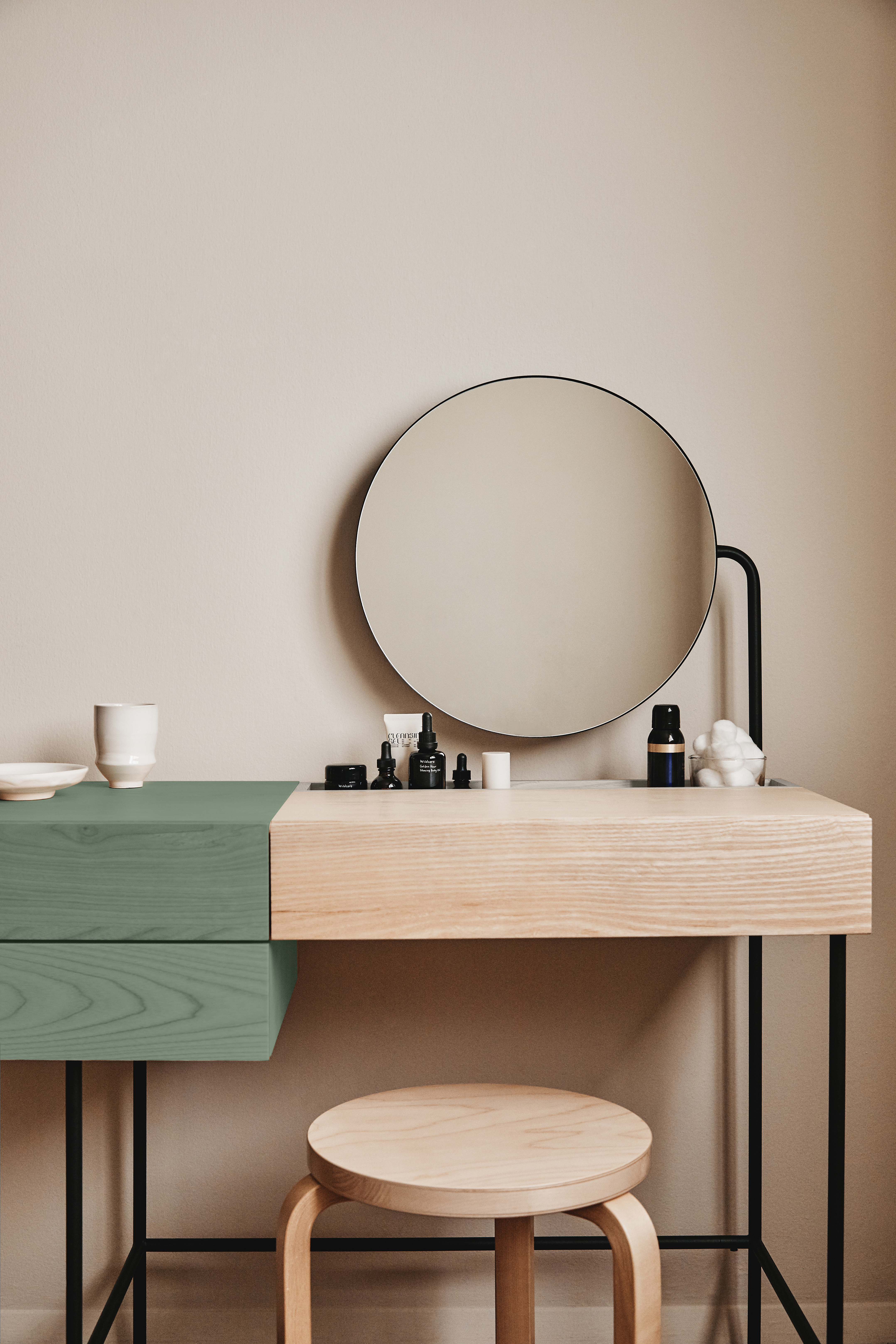 A minimalist designer vanity desk you never knew you needed