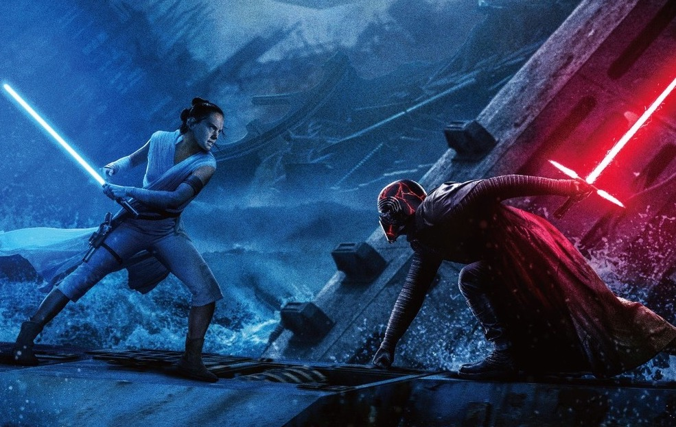 rey and kylo ren battle on the death star wreckage in a japanese poster for rise of skywalker