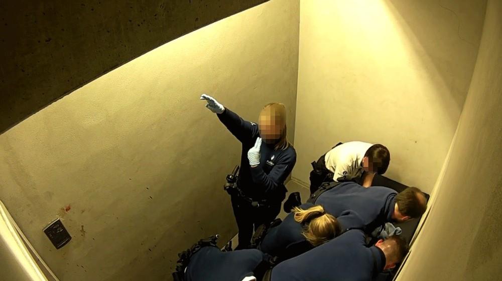 officer nazi salute