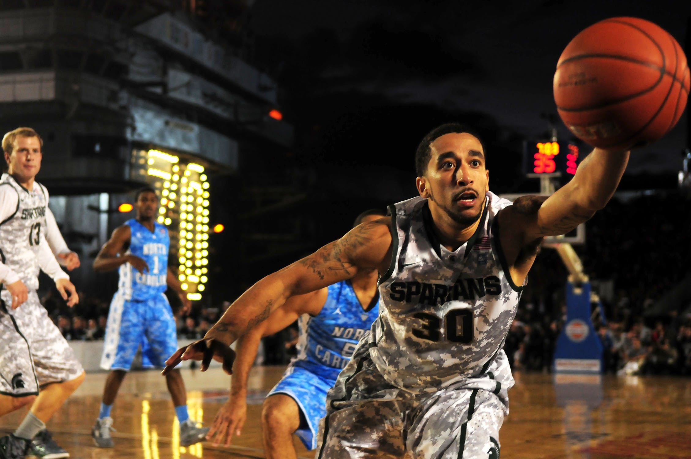 basketball-sports-teams-players-71103.0.jpeg