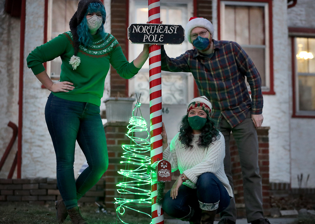 Twin Citians Get Covid Creative To Bring Christmas Spirit To Young Believers Star Tribune
