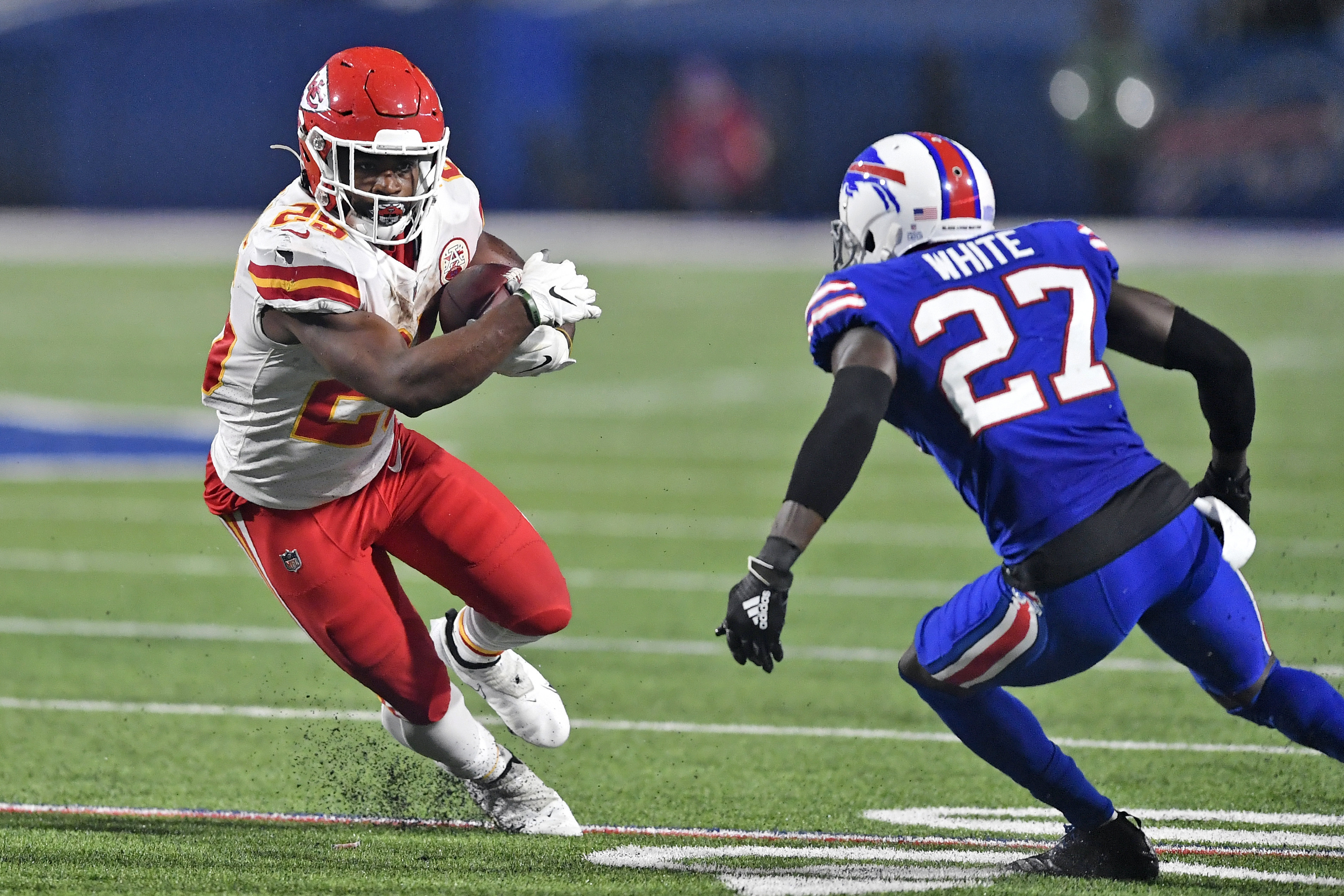 Clyde Edwards-Helaire, left, had 161 rushing yards against the Bills in Week 6.
