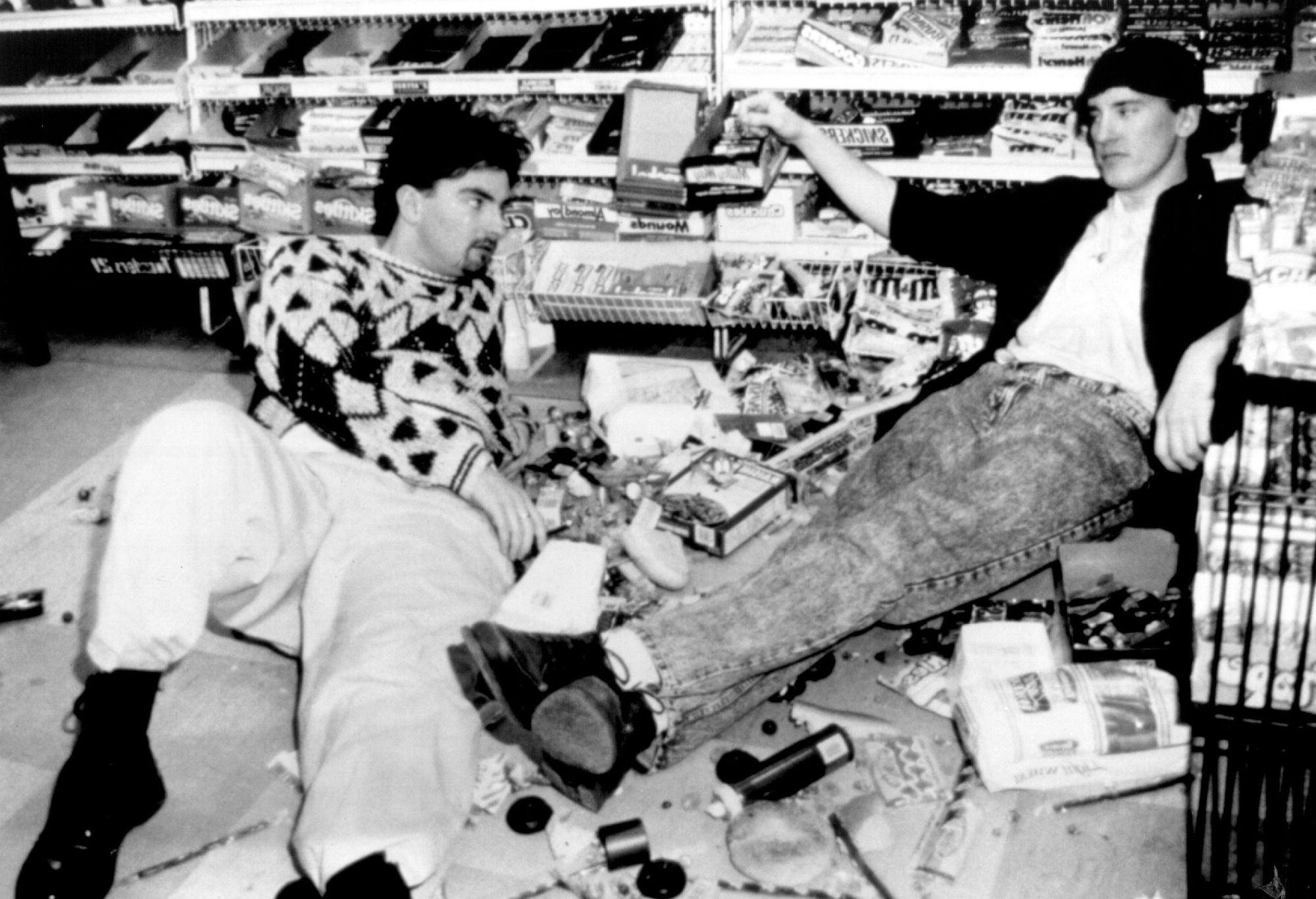Brian O'Halloran and Jeff Anderson in Kevin Smith's 'Clerks.'