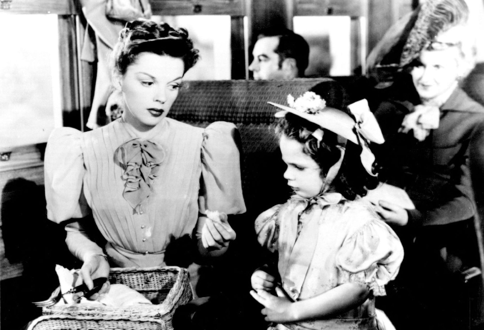 Judy Garland in 'The Harvey Girls.'
