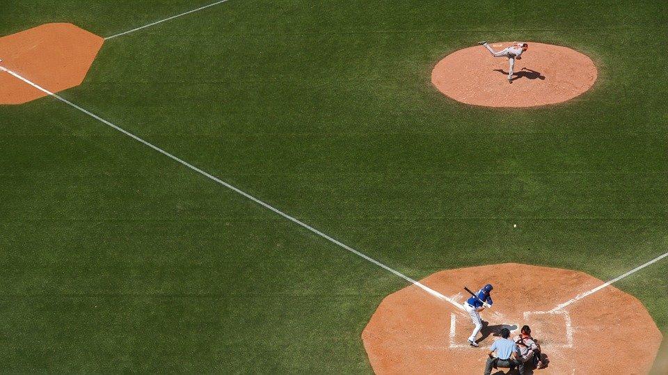 baseball-field-828713_960_720.0.jpg