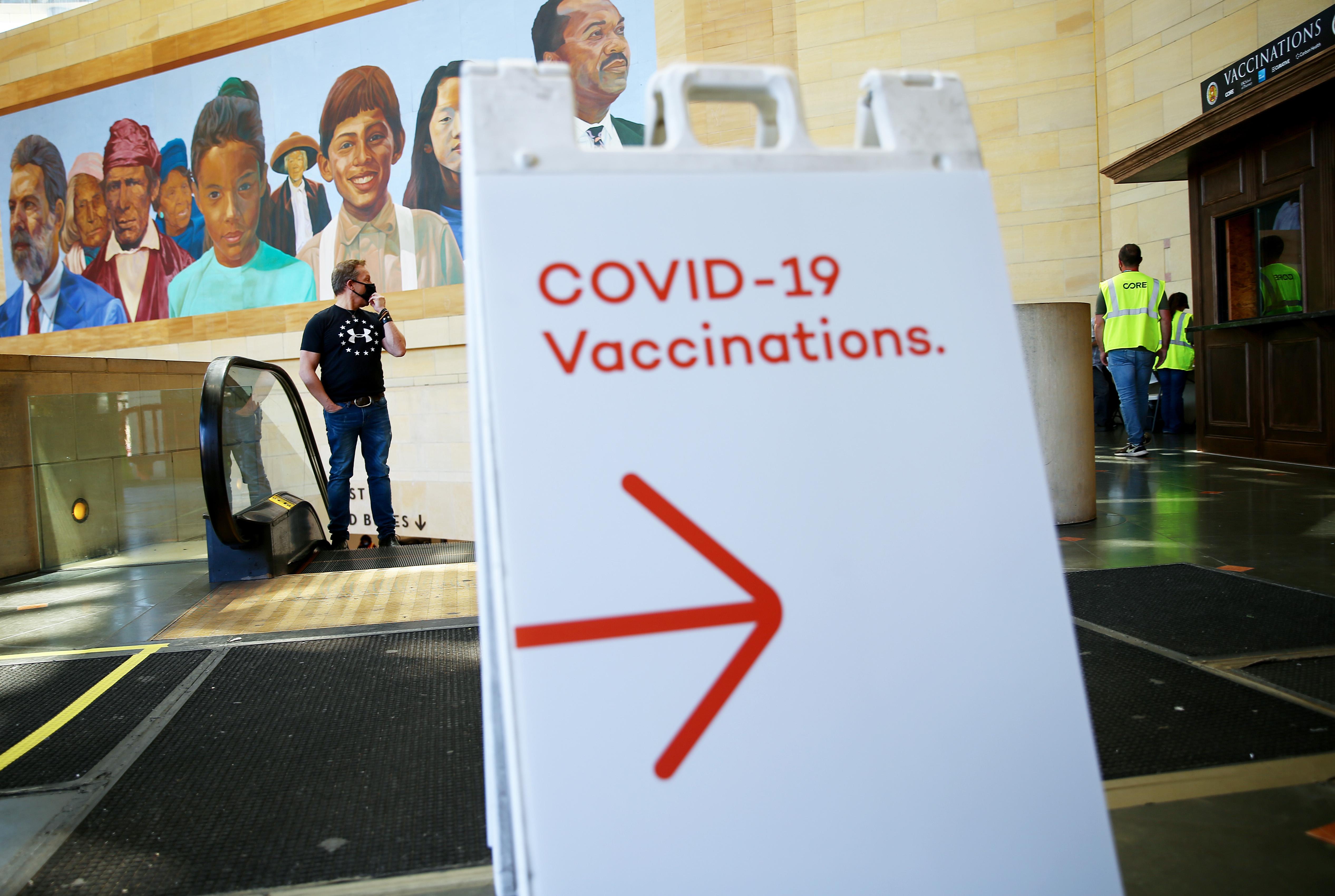 COVID-19 vaccination sign