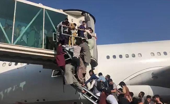 420k42k_afghan-airport_625x300_16_August_21.0.jpg
