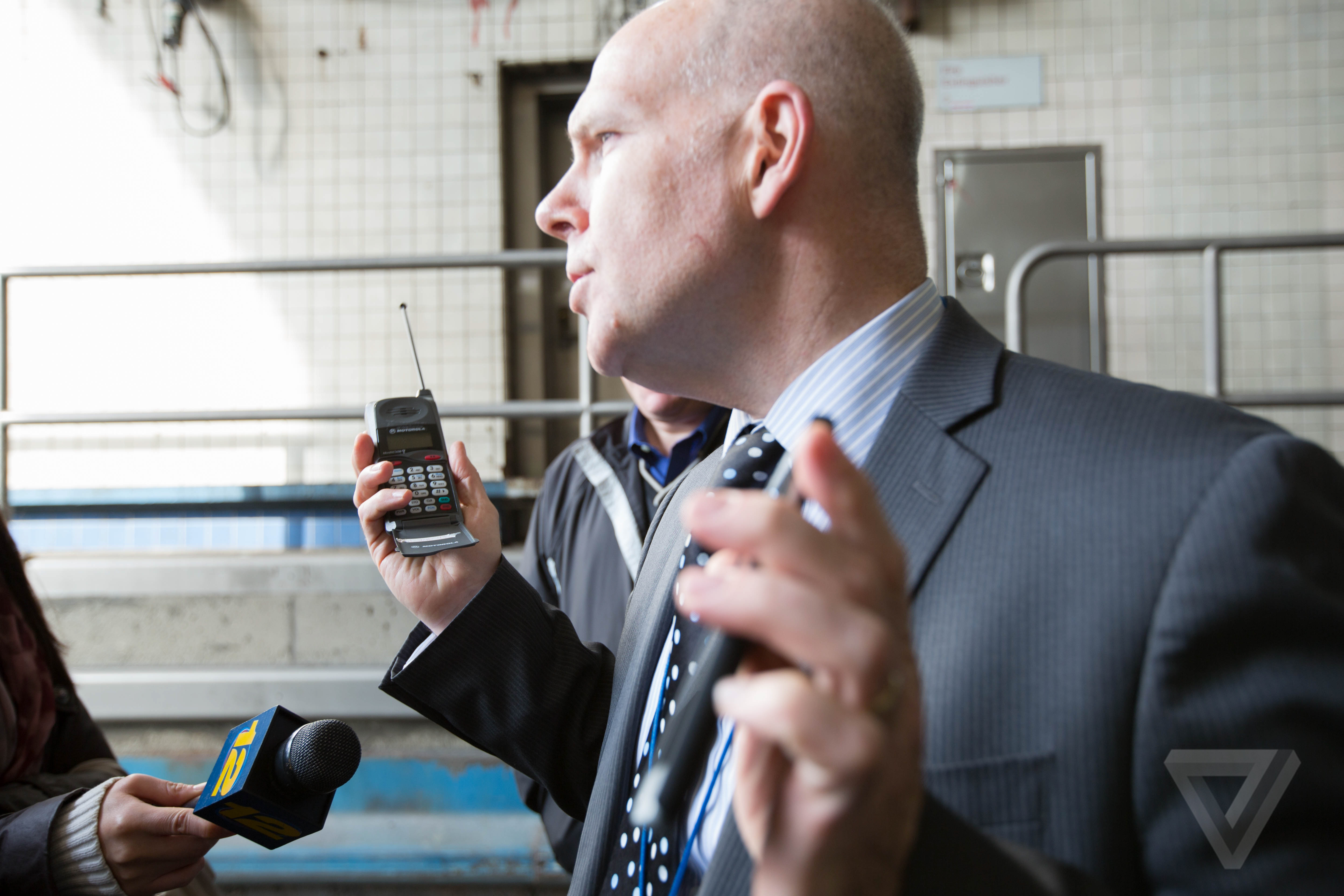 This Is How You Make Phones Work 100 Feet Underground The Verge Circuit Diagram Communication Motorola 2000 Cell Phone Port Authority Cto Robert Galvin Holds Up A Microtac 650 One Of Popular At Time Technology Was Installed